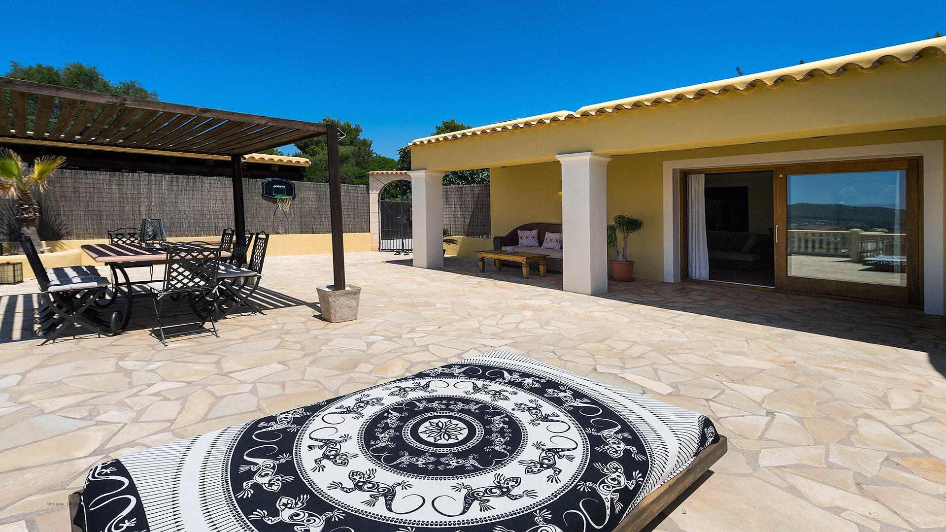 Casa Beni Ibiza 17 Santa Eulalia