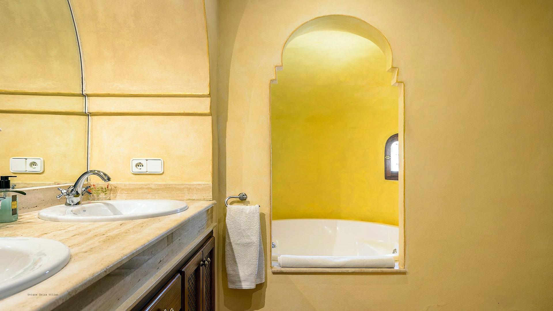 Casa Beni Ibiza 35 Bedroom 1 En Suite