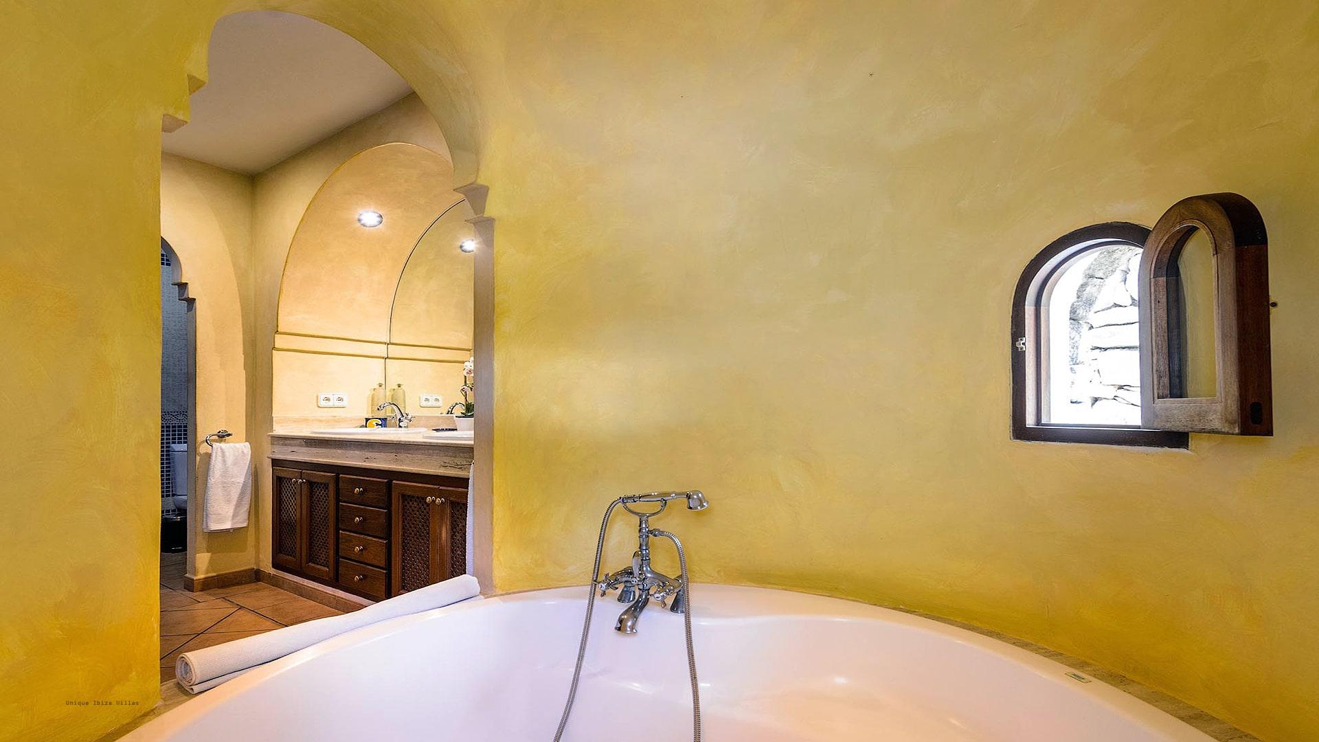 Casa Beni Ibiza 38 Bedroom 1 En Suite