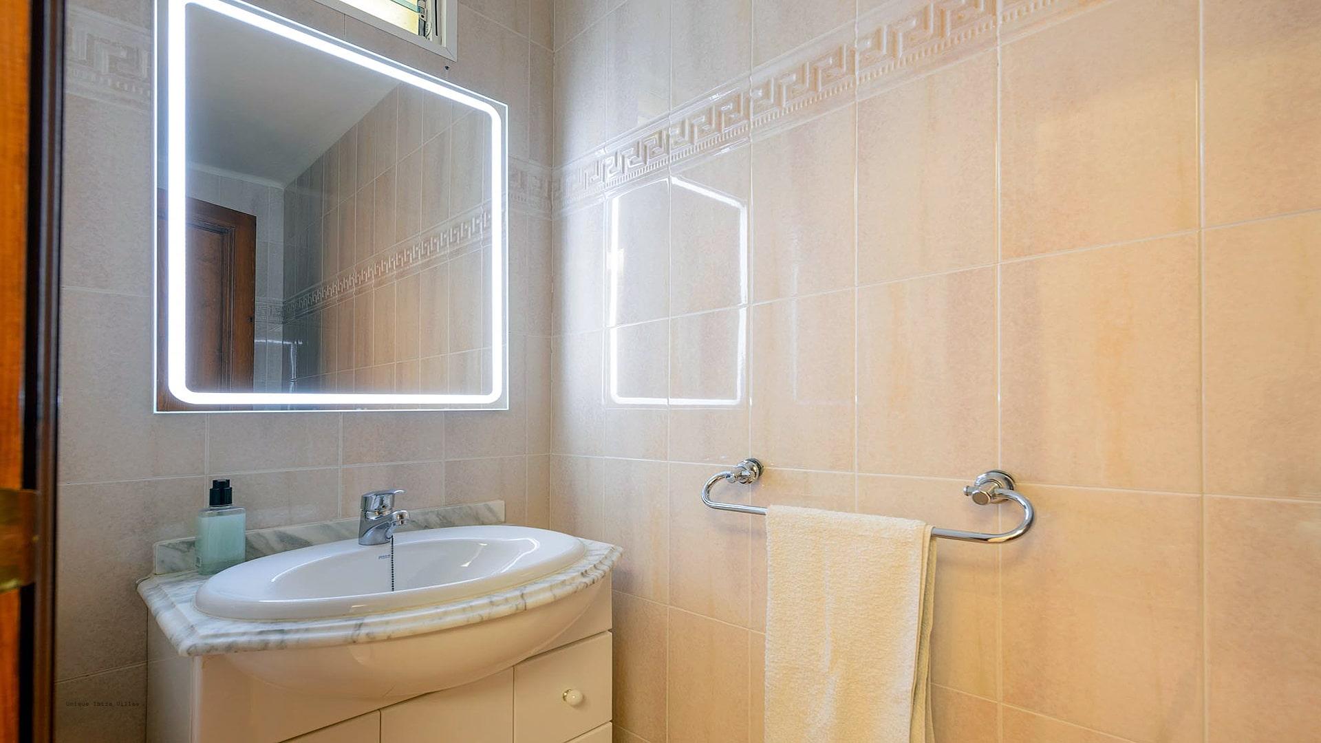 Casa Beni Ibiza 45 Bathroom 3