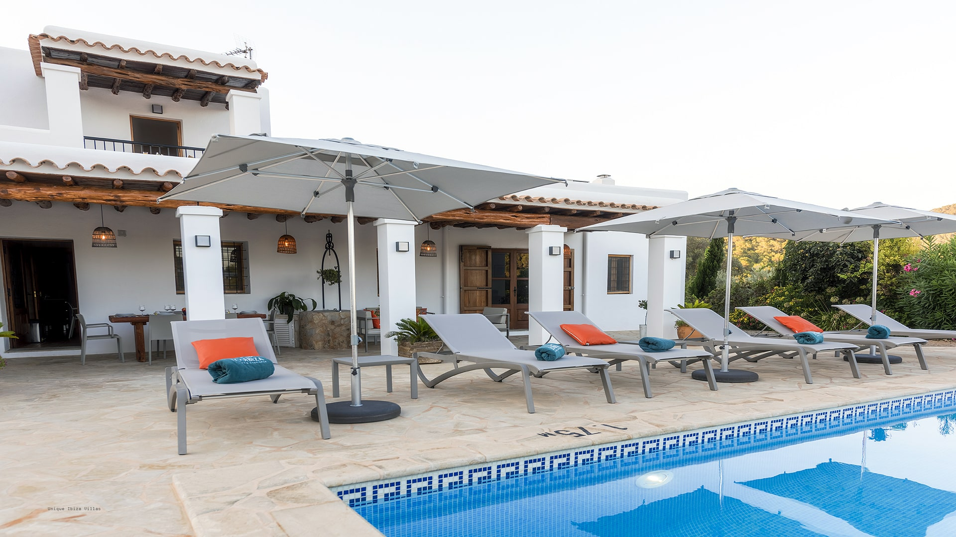 Villa Los Naranjos Ibiza 2A Cala Llonga