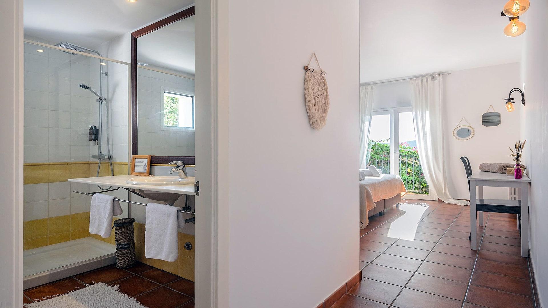 Villa Prana Ibiza 32 Bedroom 1 En Suite