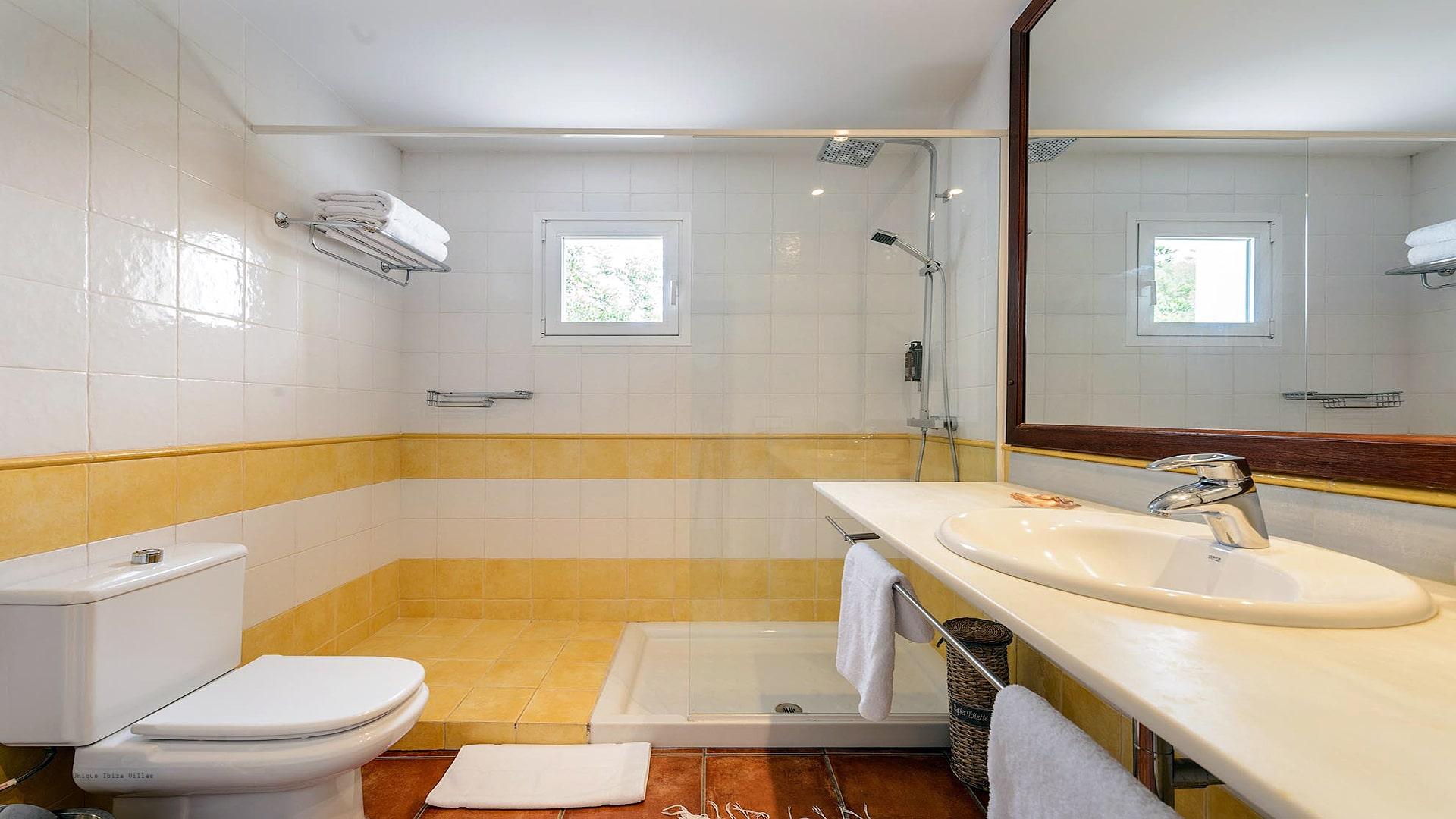 Villa Prana Ibiza 33 Bedroom 1 En Suite