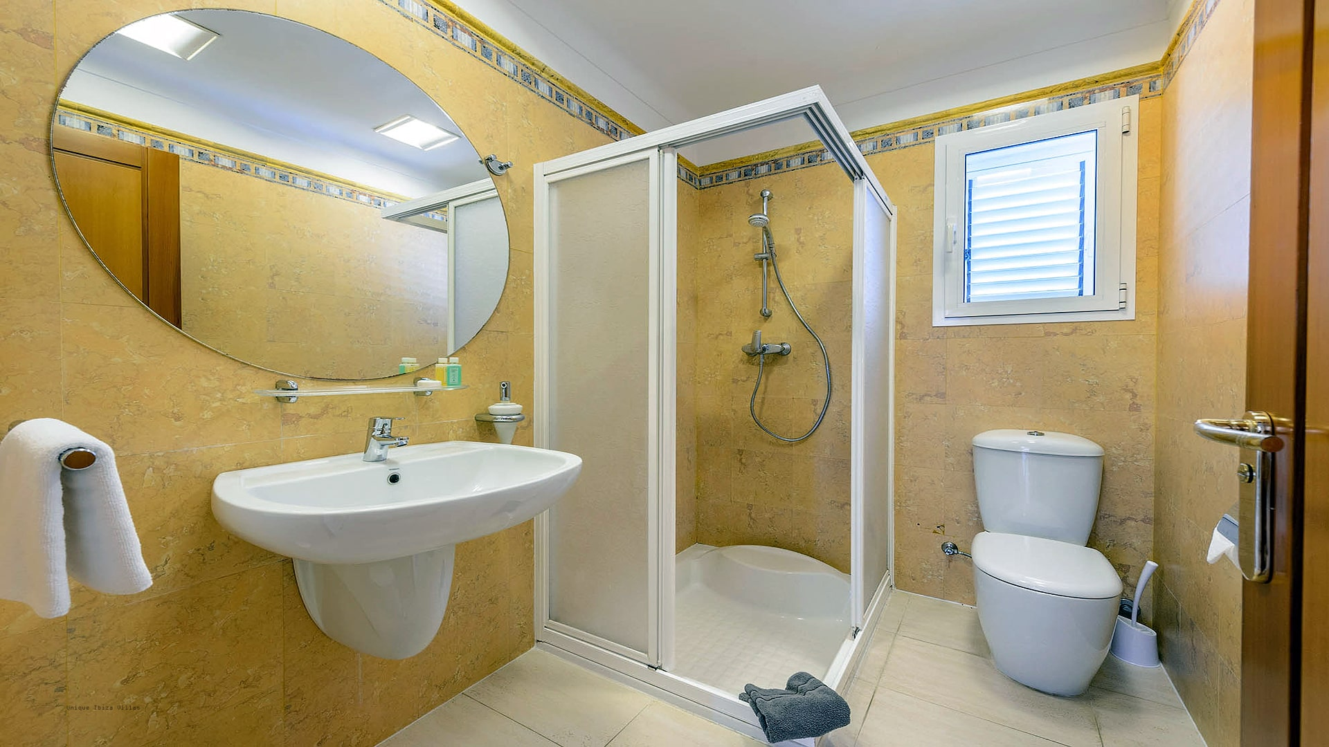 Villa Can Fluxa Ibiza 46 Bathroom 3
