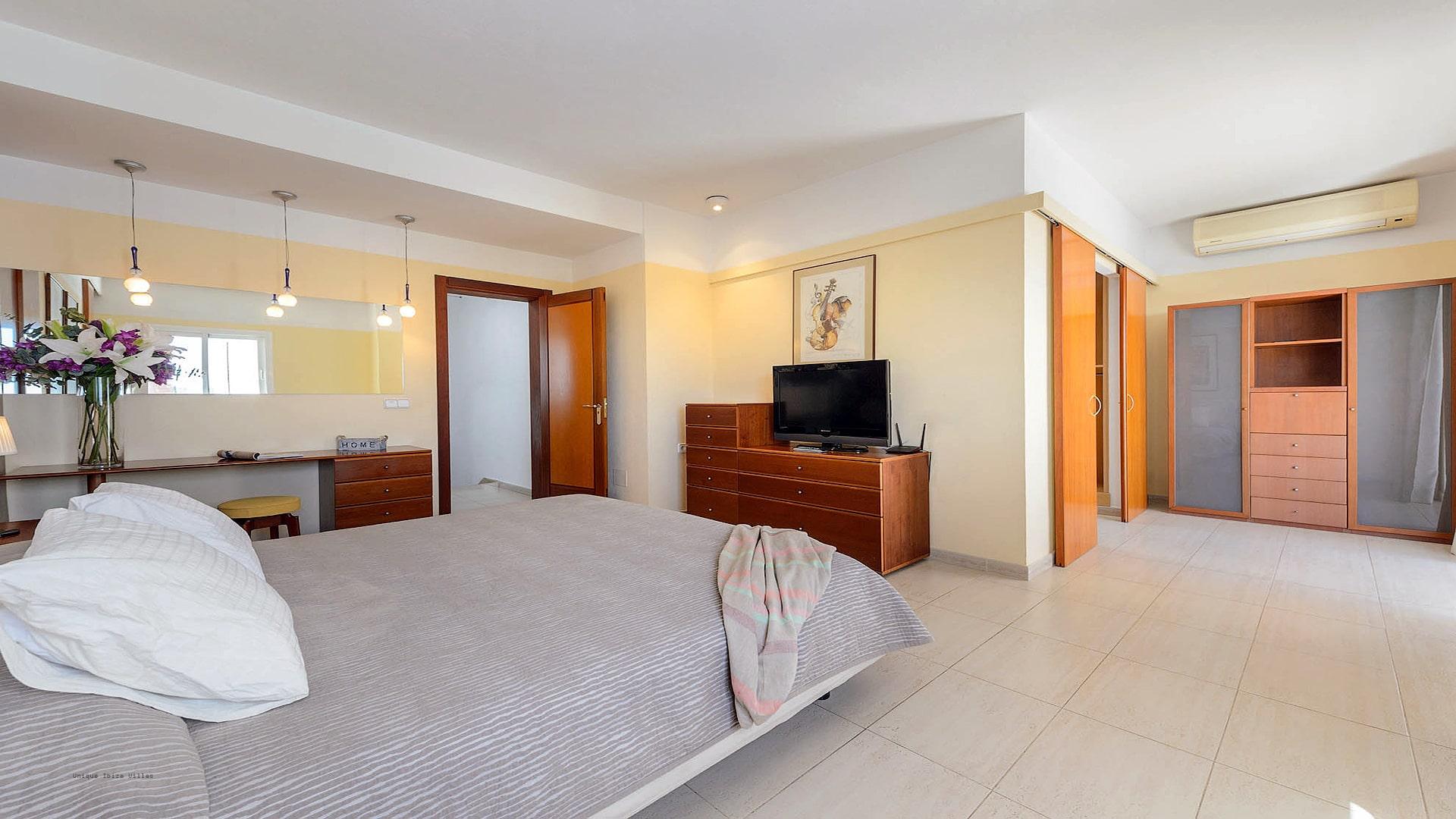 Villa Can Fluxa Ibiza 33 Bedroom 1