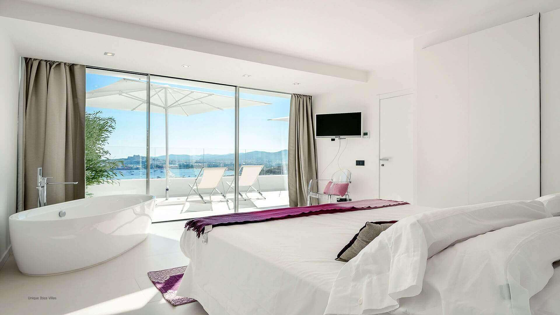 Villa Mercedes Simo 23 Bedroom 2
