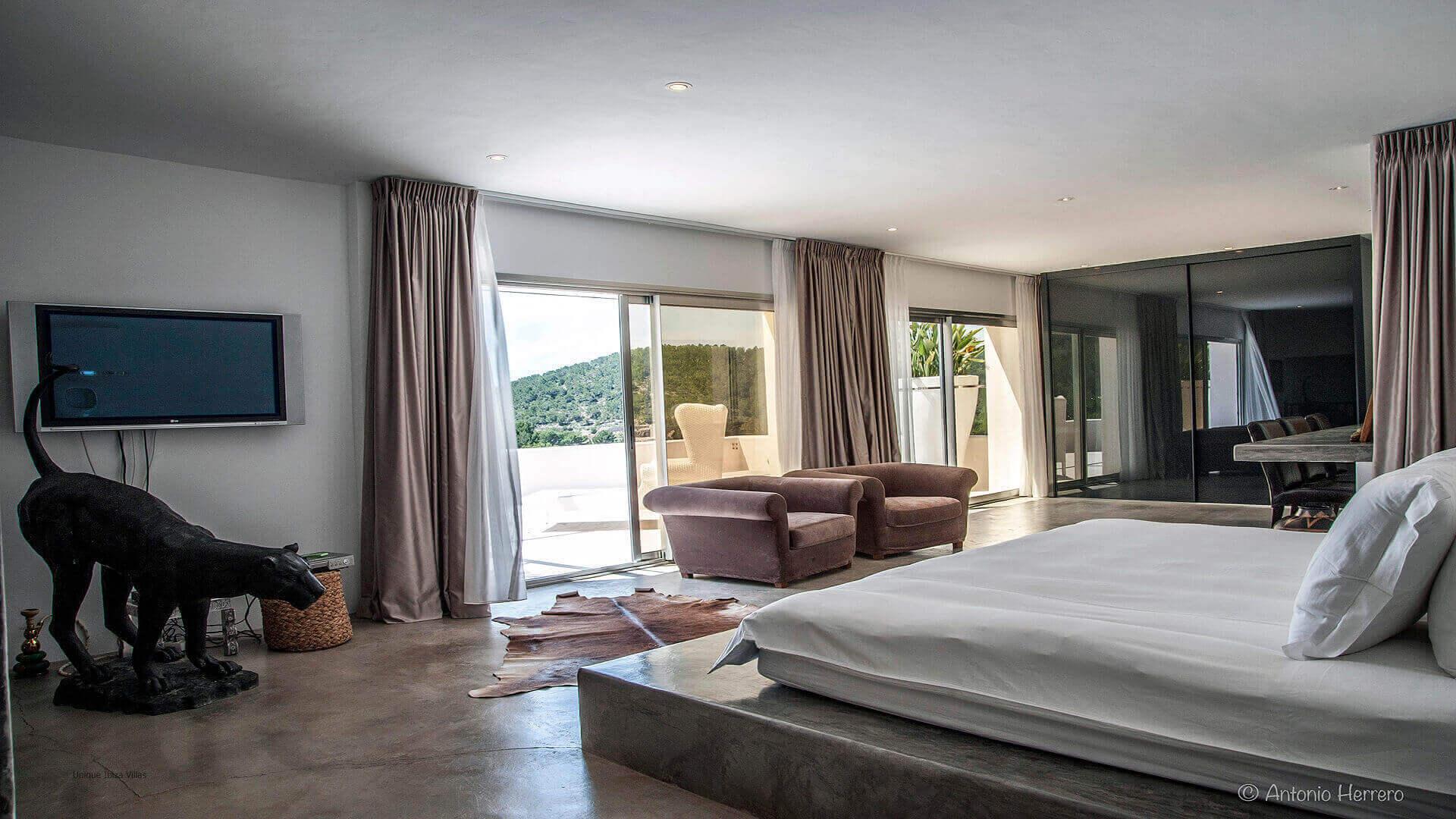 Villa Cactus Ibiza 23 Bedroom 1