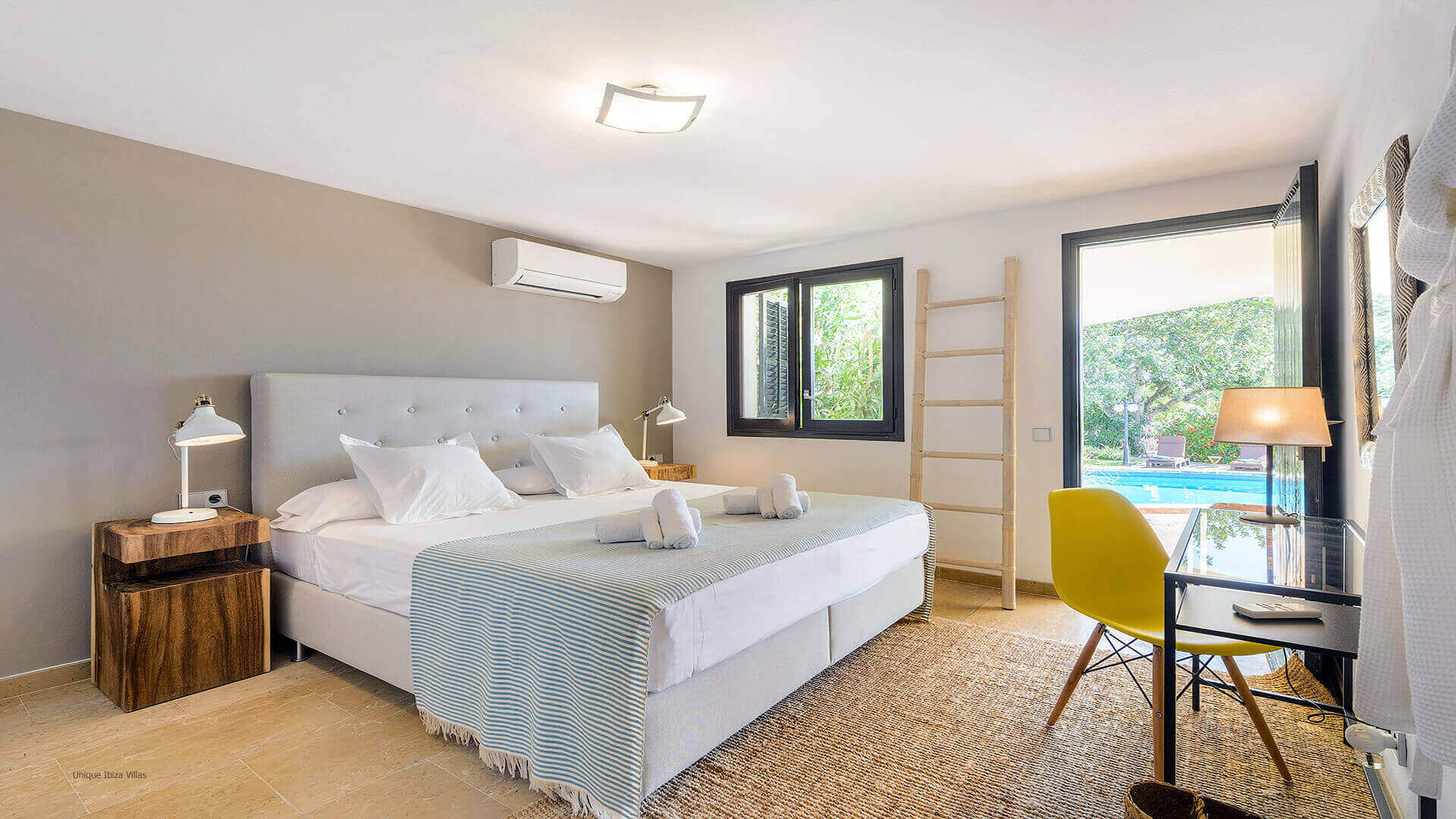 Villa Flor Ibiza 36 Bedrooom 2