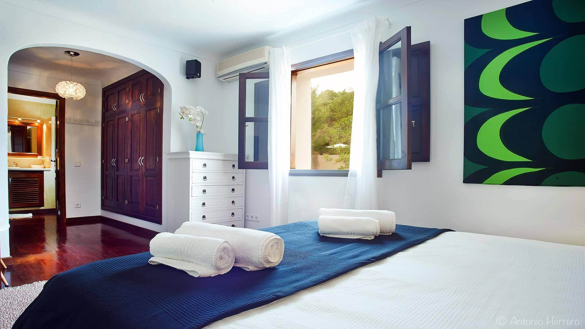 Villa Alicia Ibiza 28 Bedroom 2