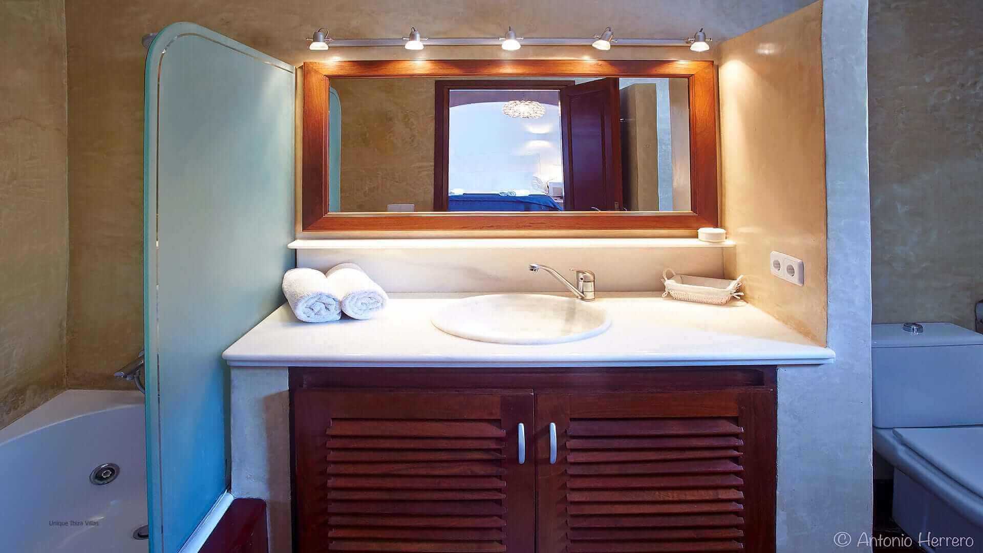 Villa Alicia Ibiza 30 Bedroom 2 En Suite