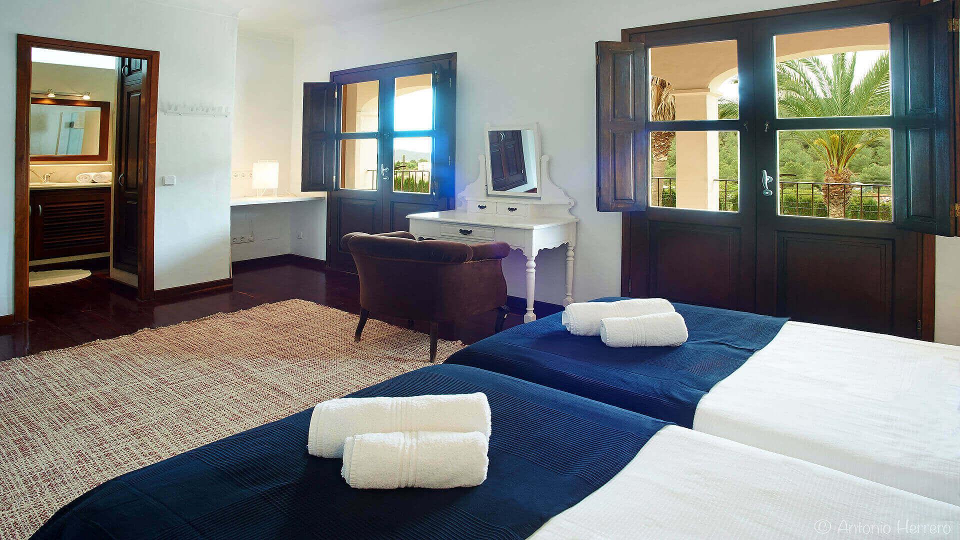Villa Alicia Ibiza 32 Bedroom 3