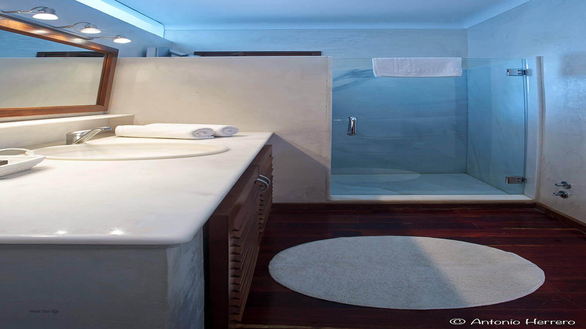 Villa Alicia Ibiza 33 Bedroom 3 En Suite