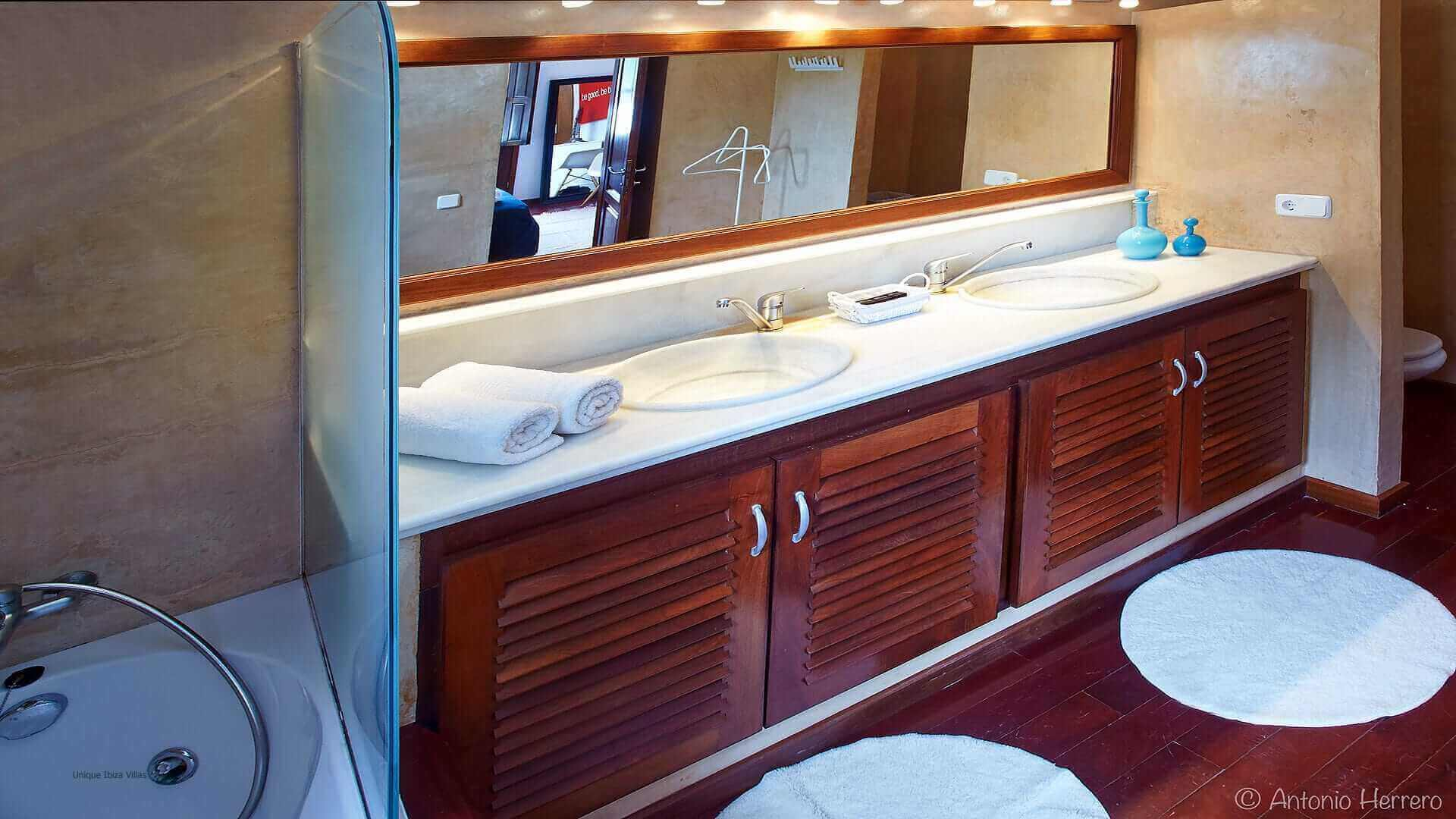 Villa Alicia Ibiza 36 Bedroom 4 En Suite