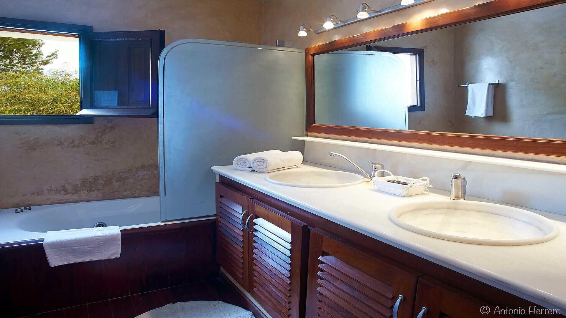 Villa Alicia Ibiza 37 Bedroom 4 En Suite