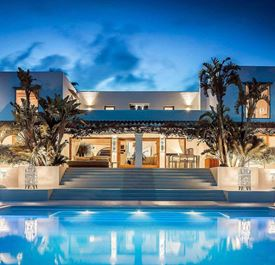 VILLA AMY - (sleeps 12 - luxury villa with private pool - sea views - near Ibiza Town - 6 bedrooms)