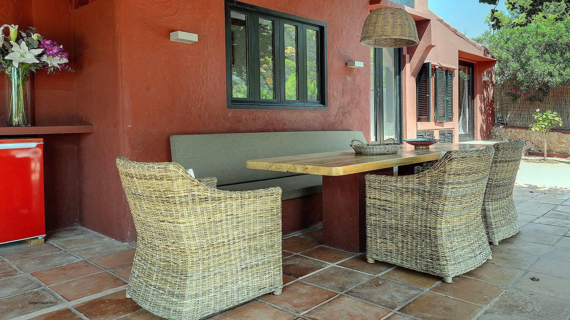 Villa Romantic Ibiza 10 Cala Carbo
