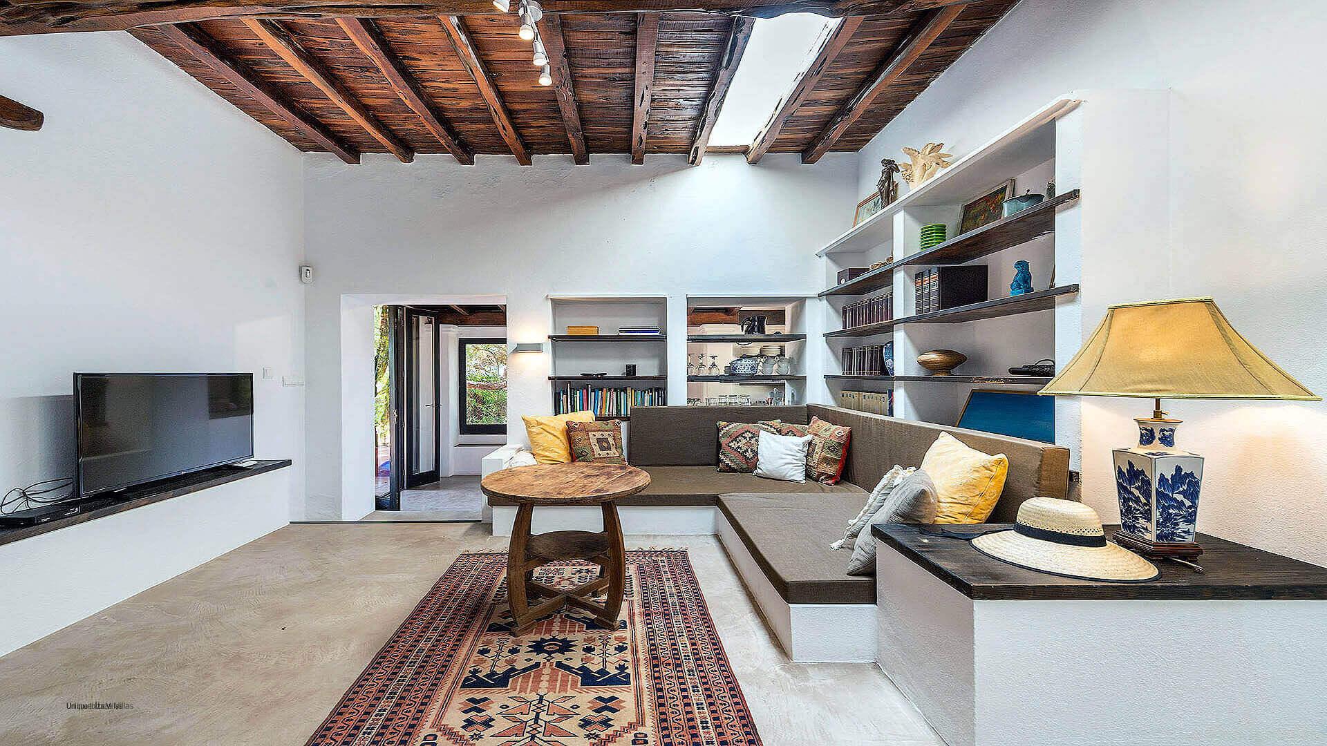 Villa Romantic Ibiza 17 Cala Carbo
