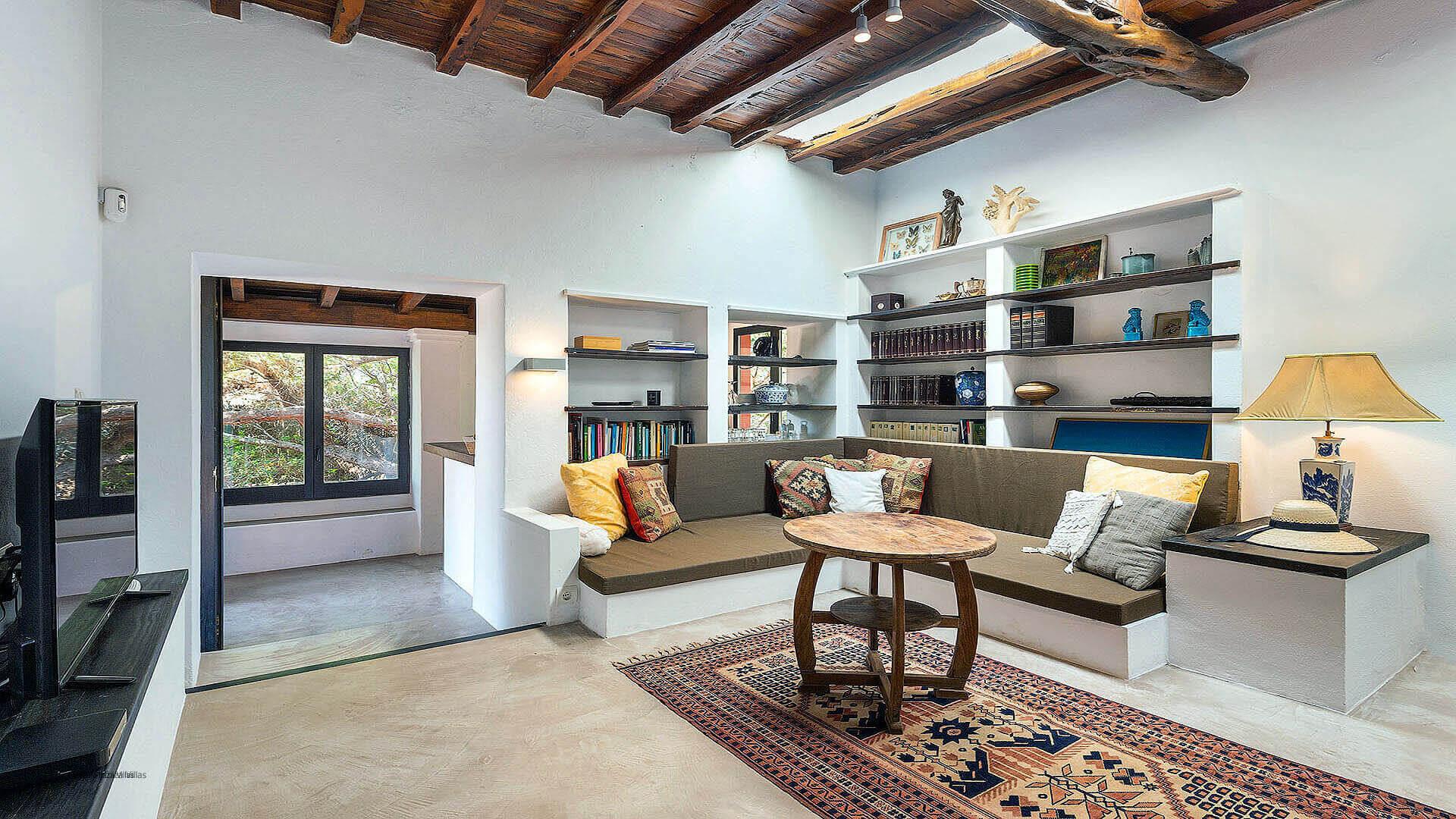 Villa Romantic Ibiza 18 Cala Carbo