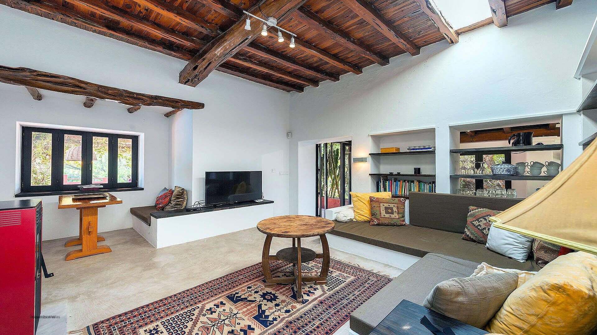 Villa Romantic Ibiza 22 Cala Carbo