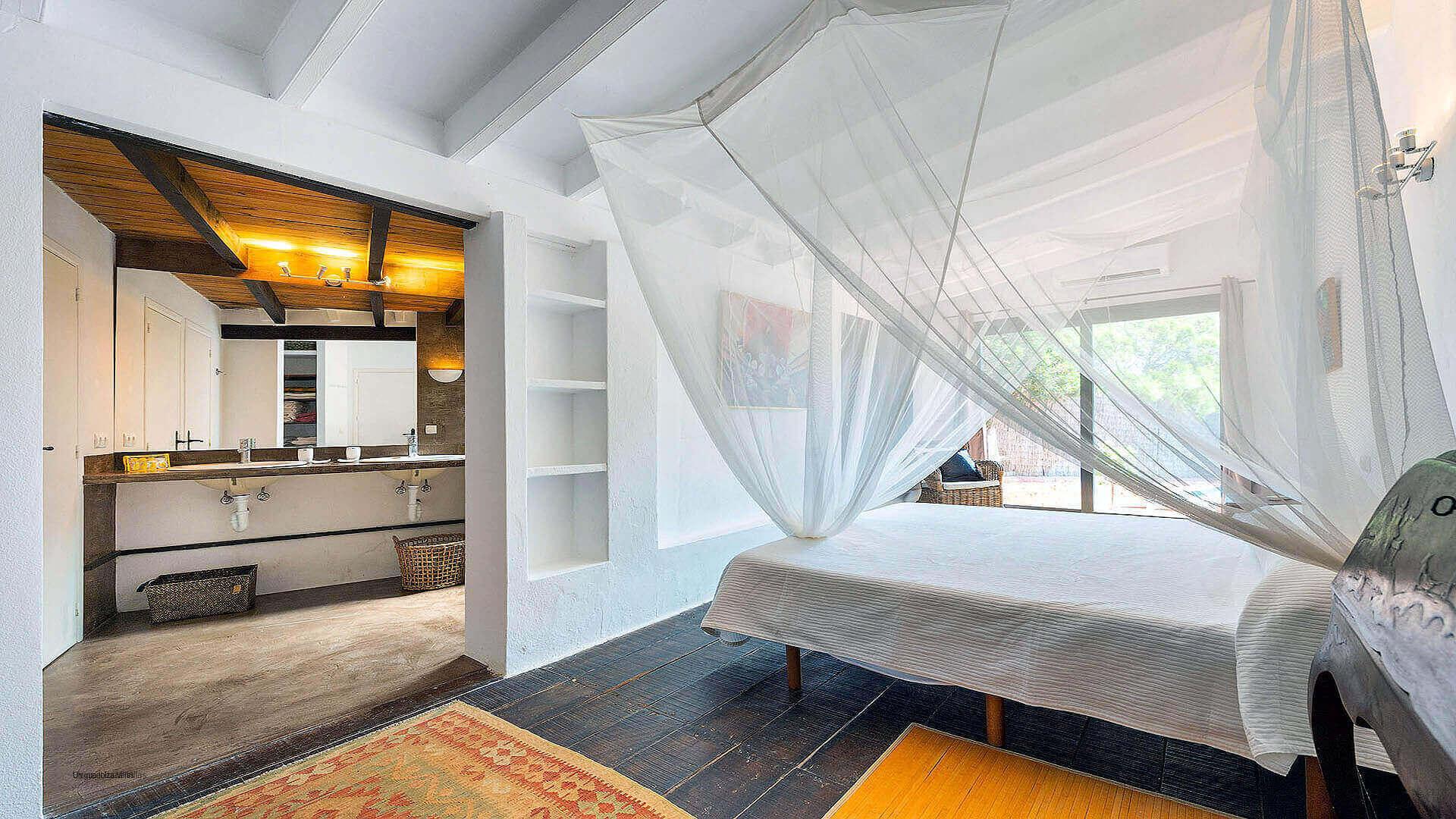 Villa Romantic Ibiza 25 Bedroom 1