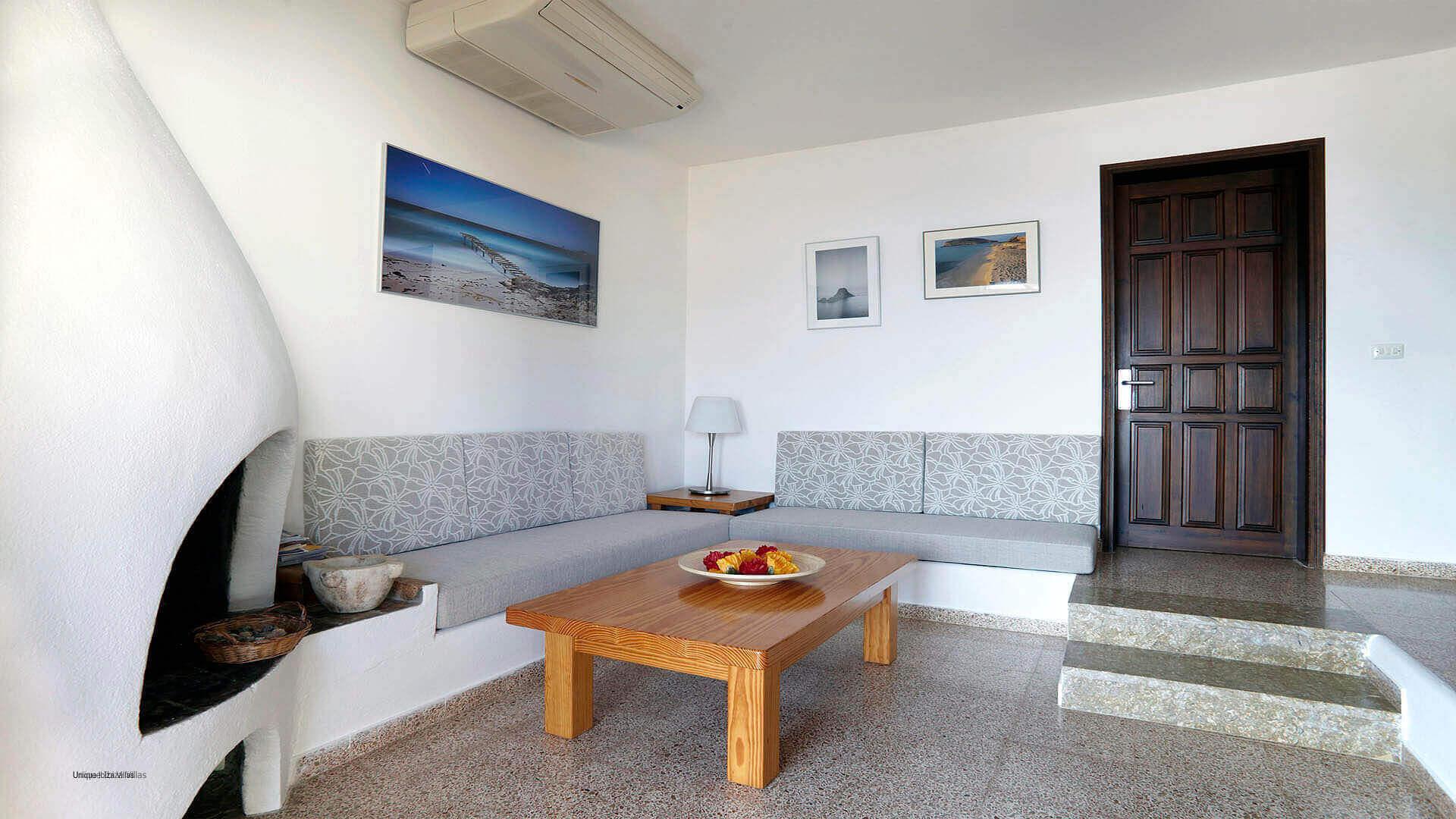 Can Bernadet Ibiza 14 Cala Codolar
