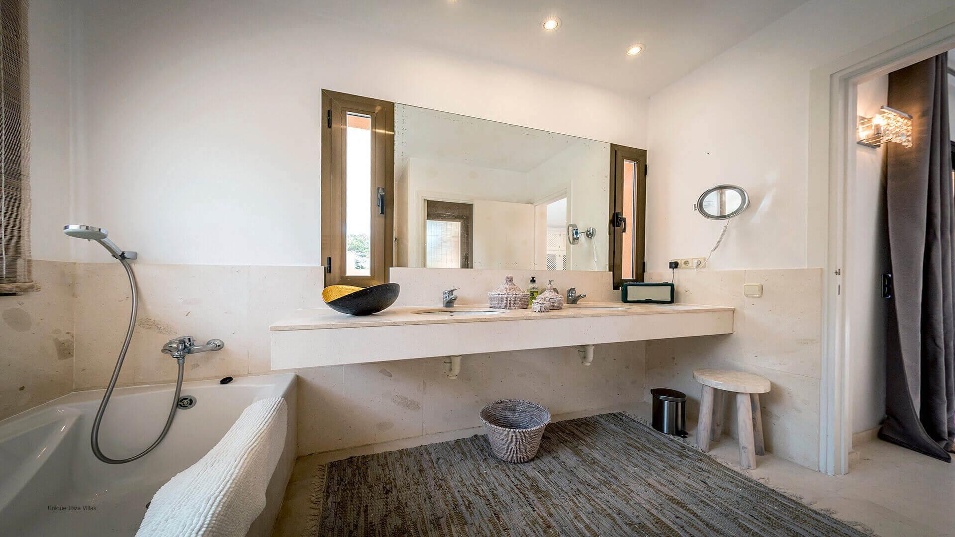 La Villa Ibiza 26 Bedroom 1 En Suite