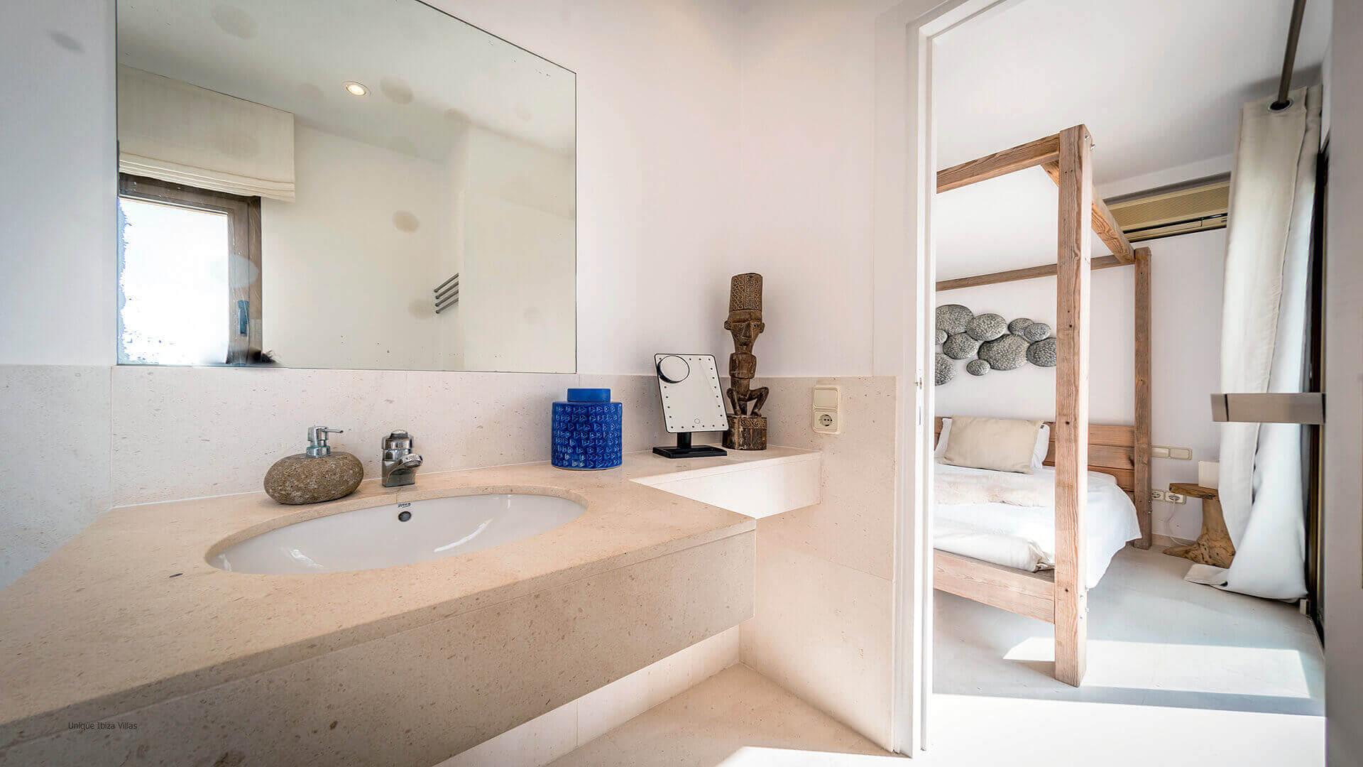 La Villa Ibiza 27 Bedroom 1 En Suite