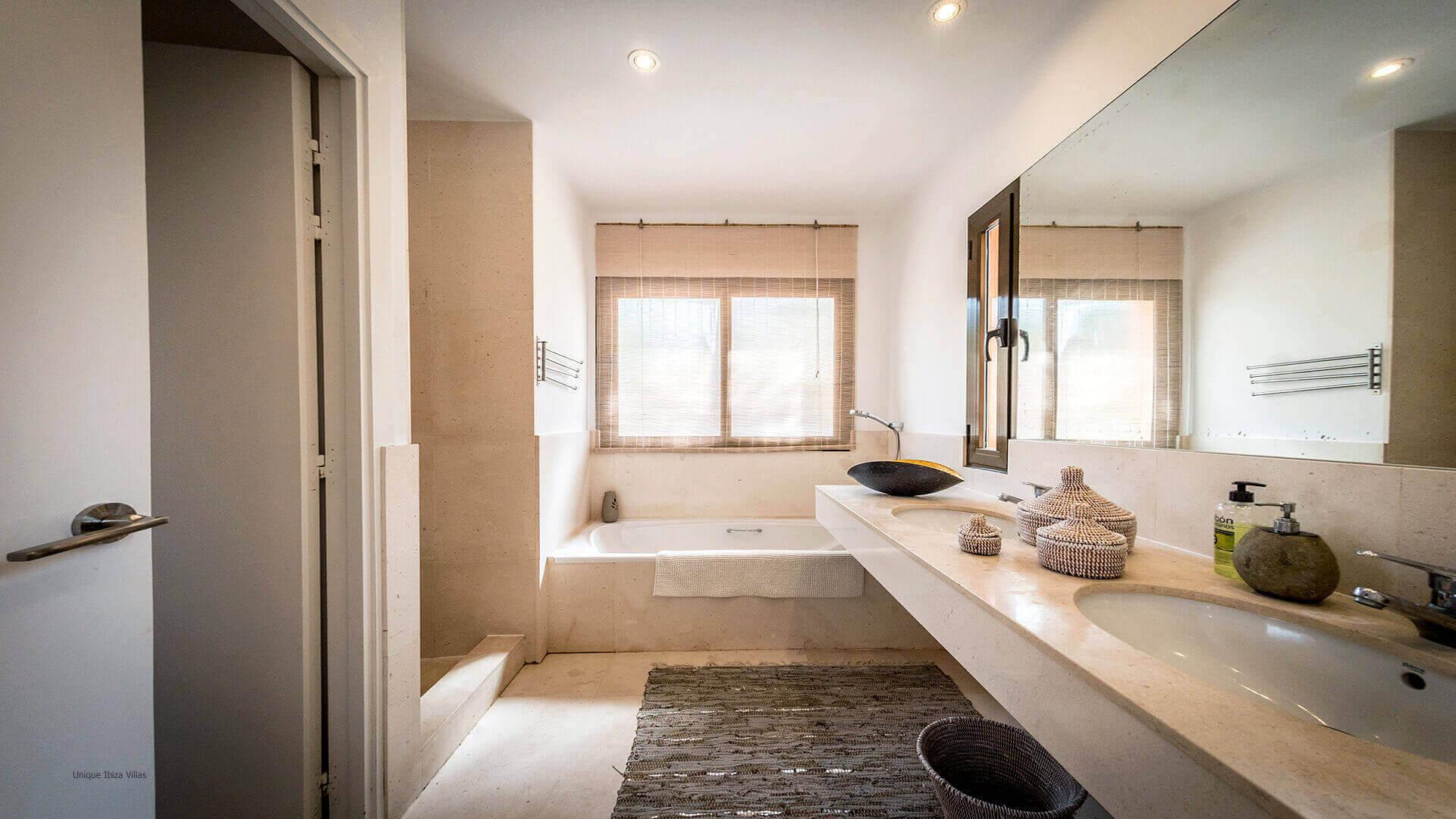 La Villa Ibiza 28 Bedroom 1 En Suite