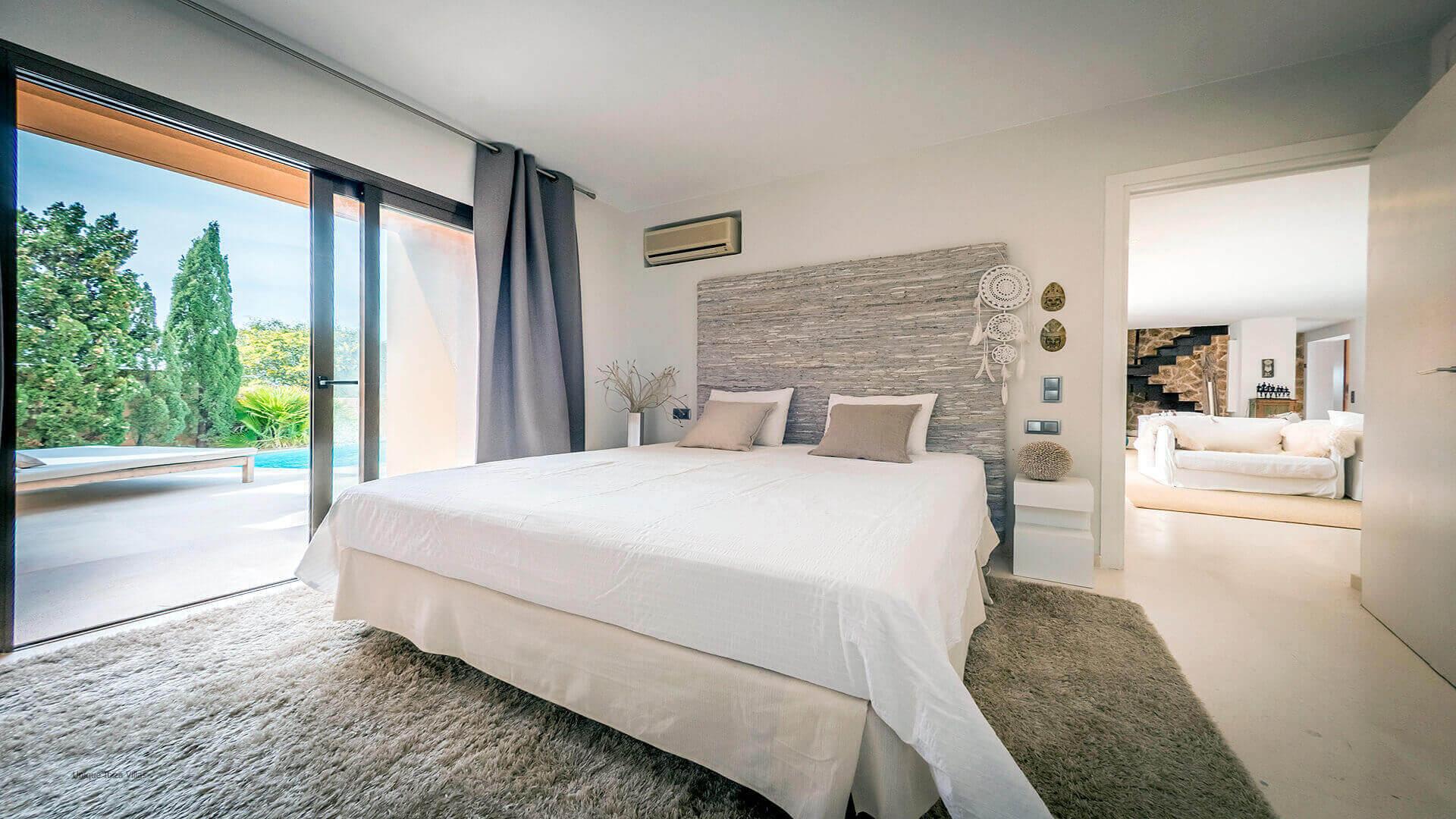 La Villa Ibiza 40 Bedroom 3