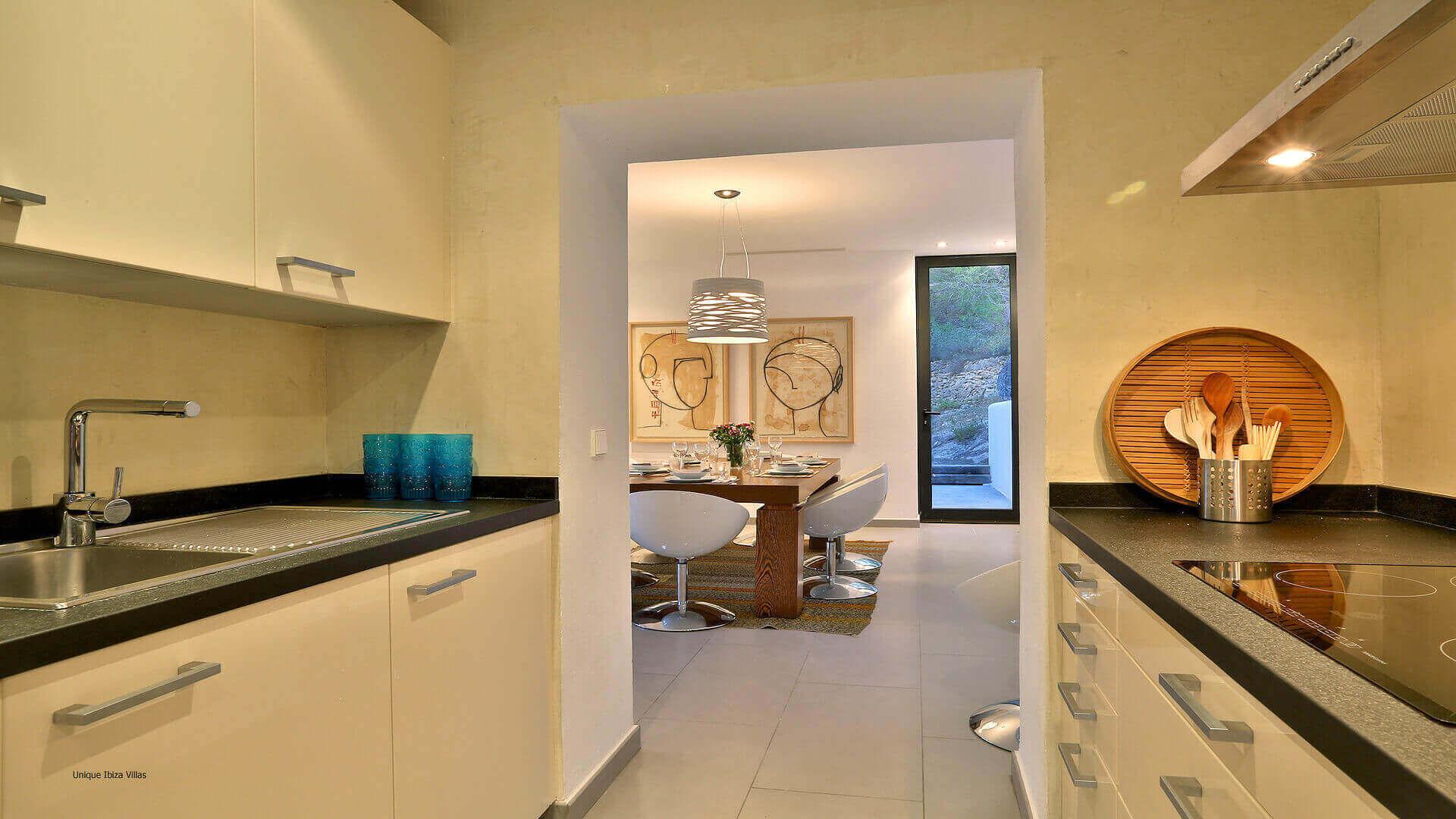 Villa Lua Ibiza 15 Cala Tarida