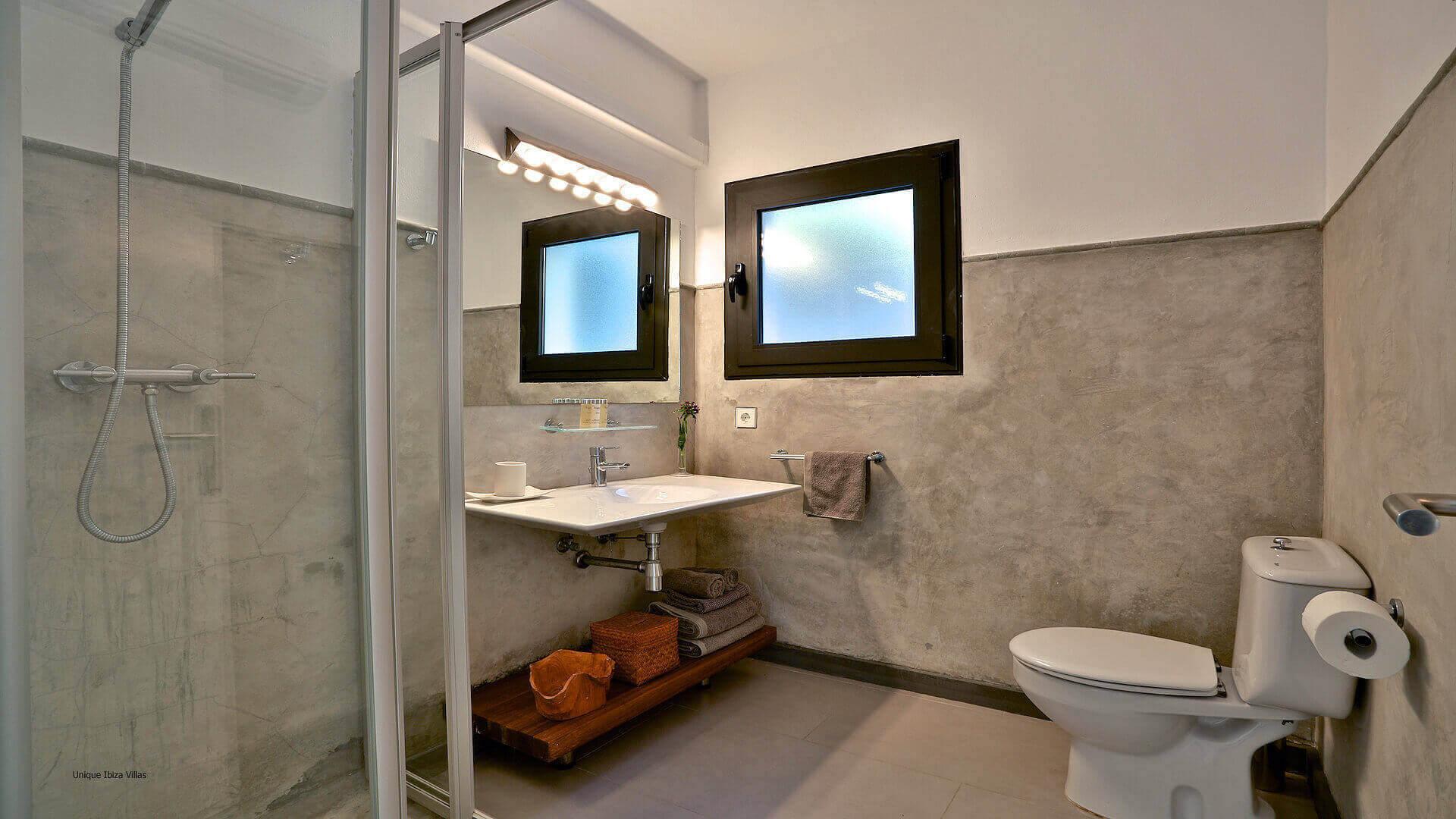Villa Lua Ibiza 24 Bedroom 1 En Suite