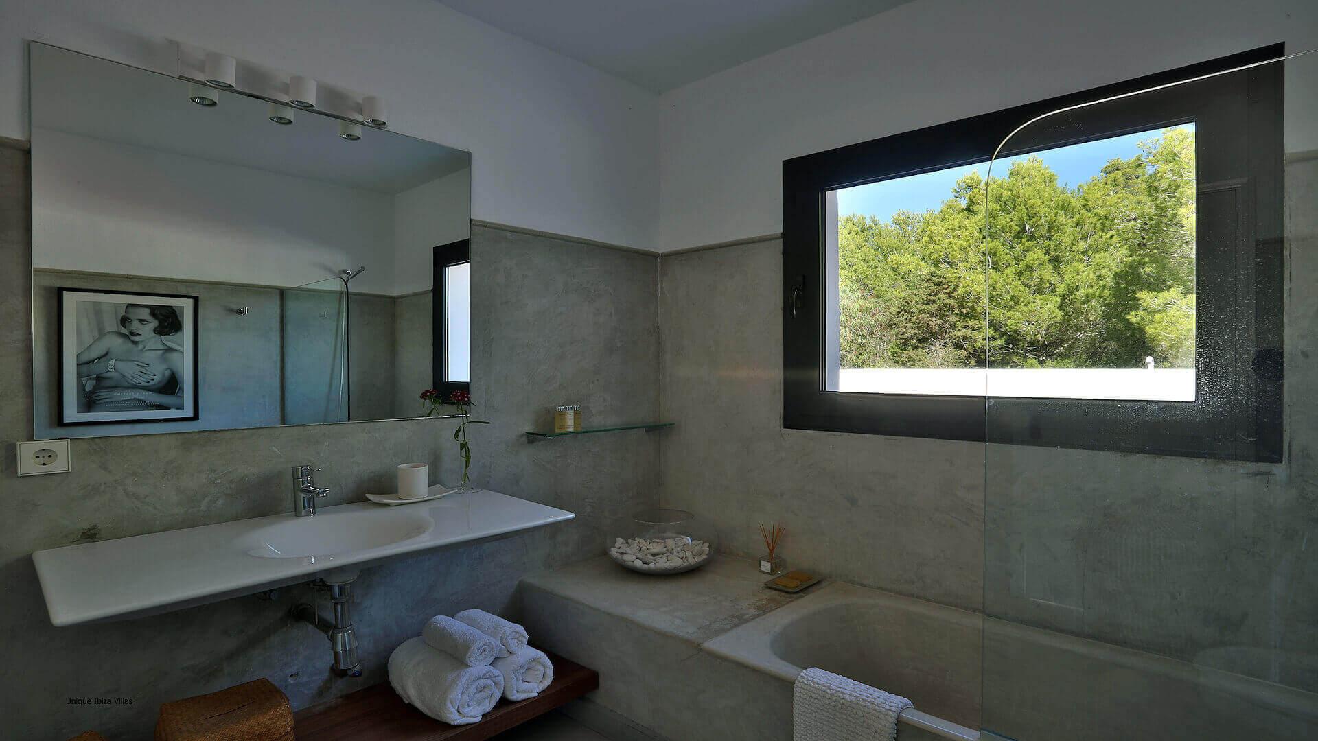 Villa Lua Ibiza 32 Bedroom 4 En Suite