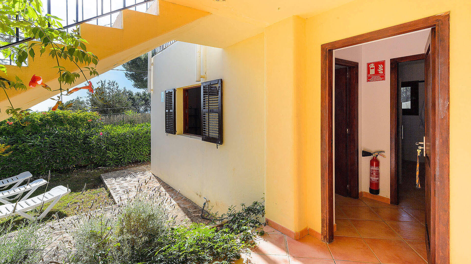 Villa Los Olivos Ibiza 15 Near San Antonio