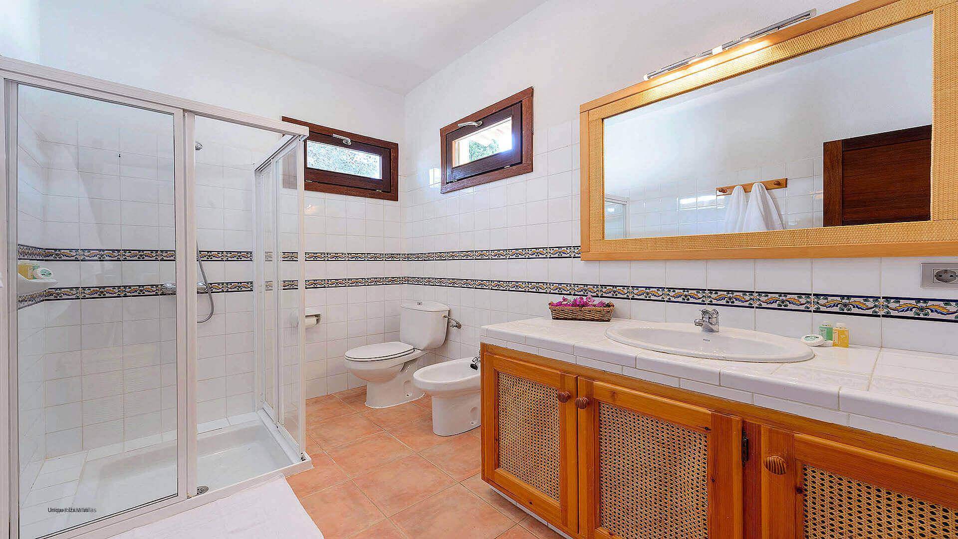 Villa Los Olivos Ibiza 35 Bedroom 1 En Suite