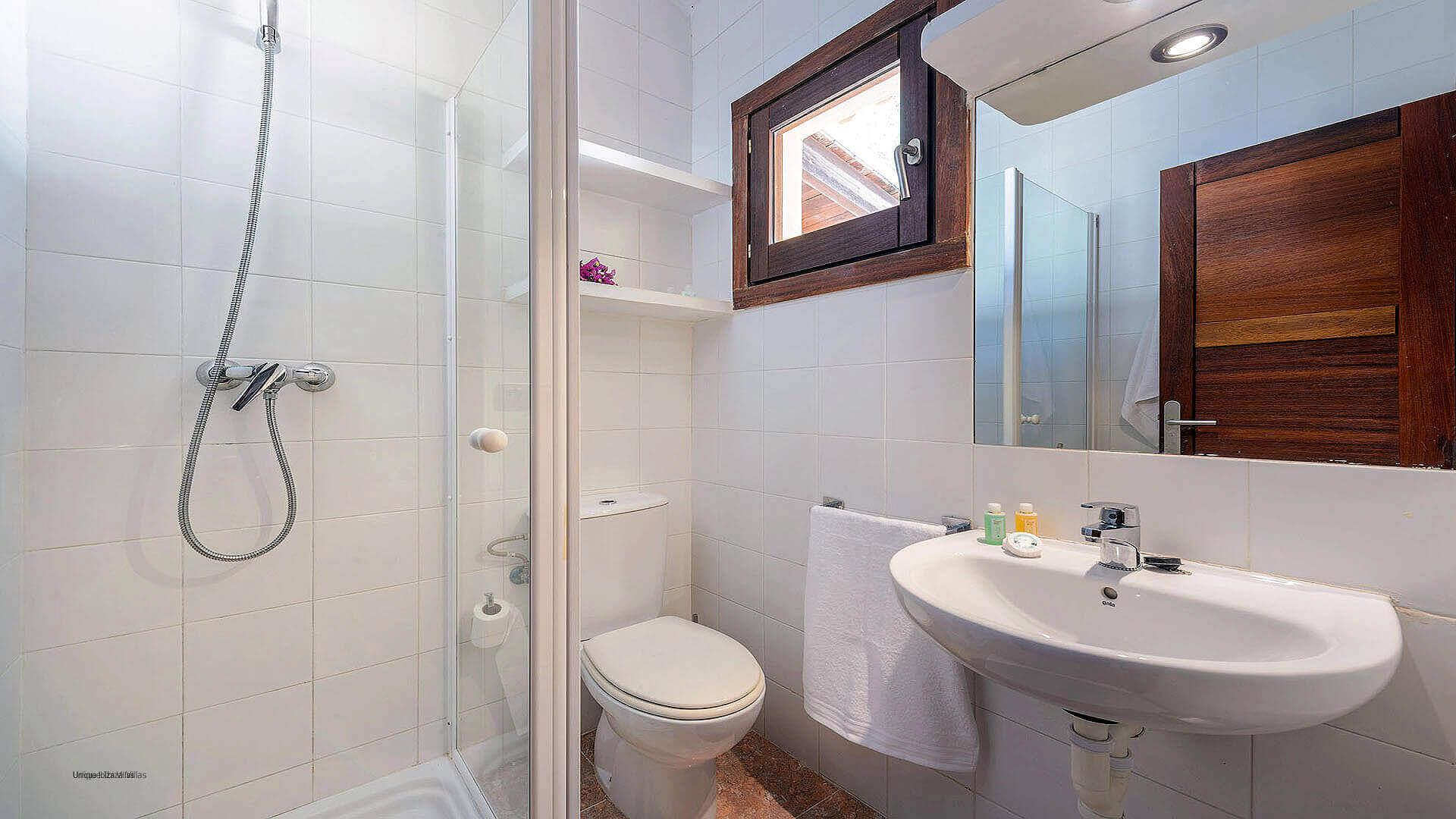 Villa Los Olivos Ibiza 37 Bedroom 2 En Suite
