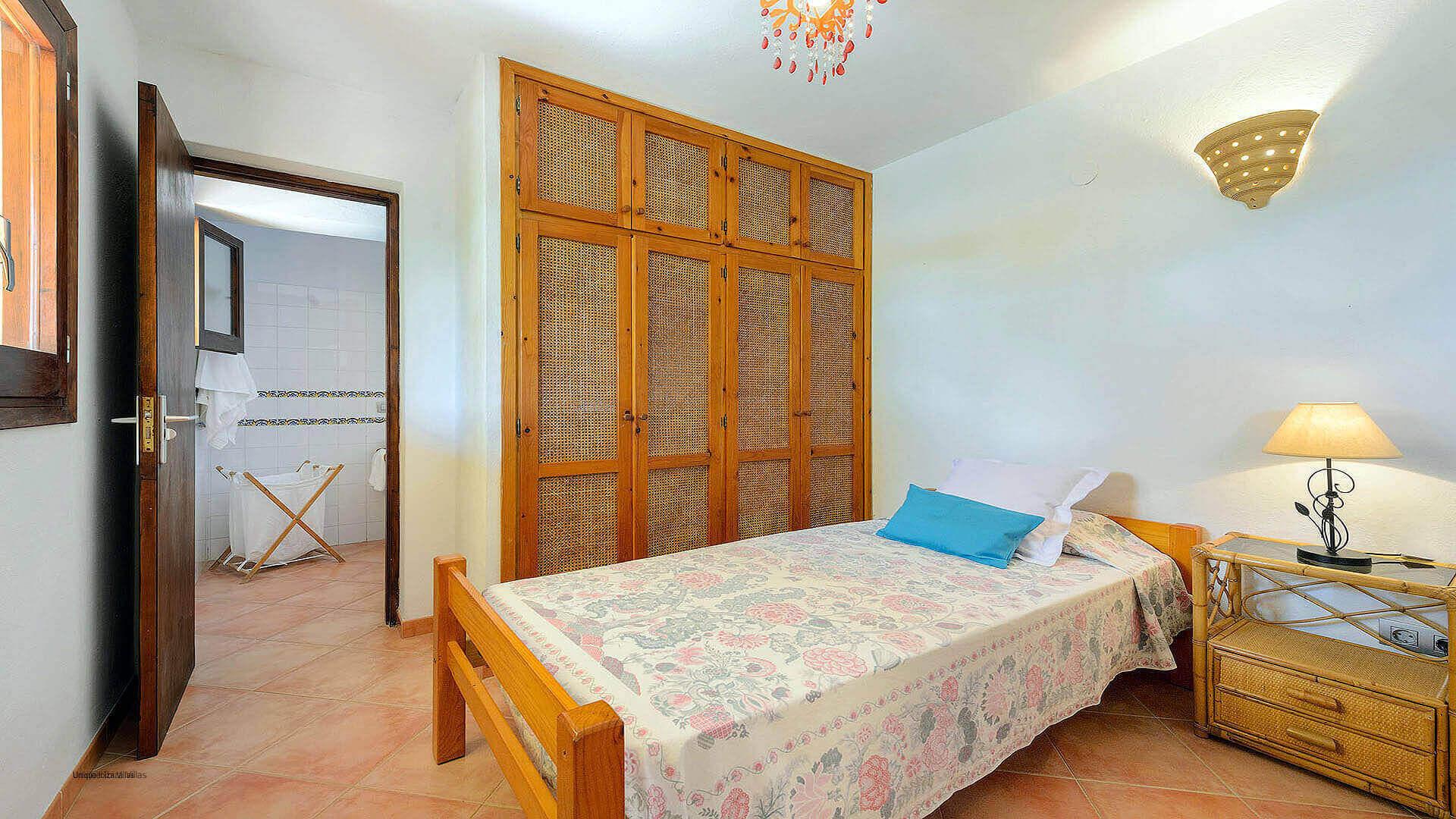 Villa Los Olivos Ibiza 39 Bedroom 3