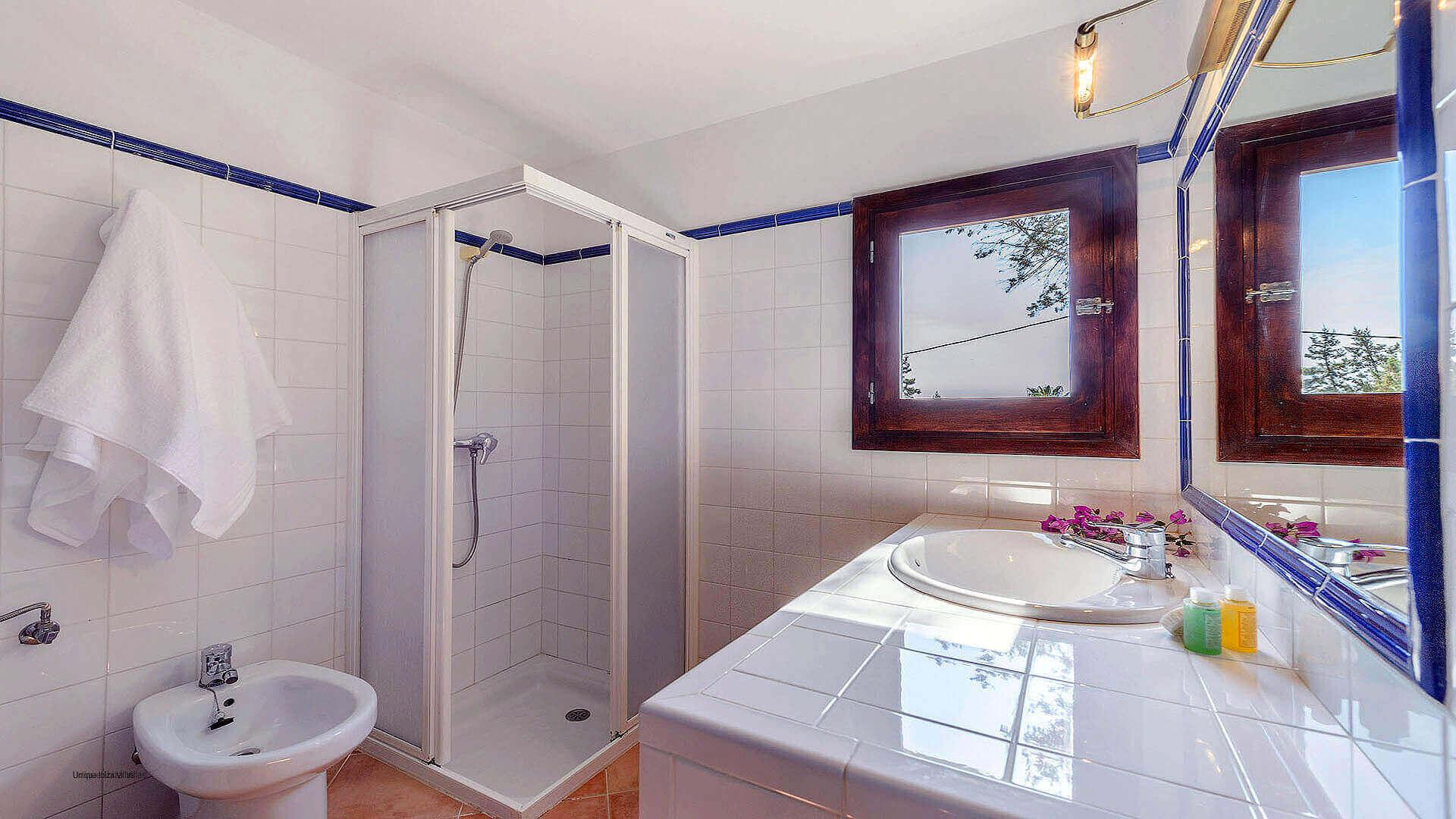 Villa Los Olivos Ibiza 43 Bedroom 4 En Suite