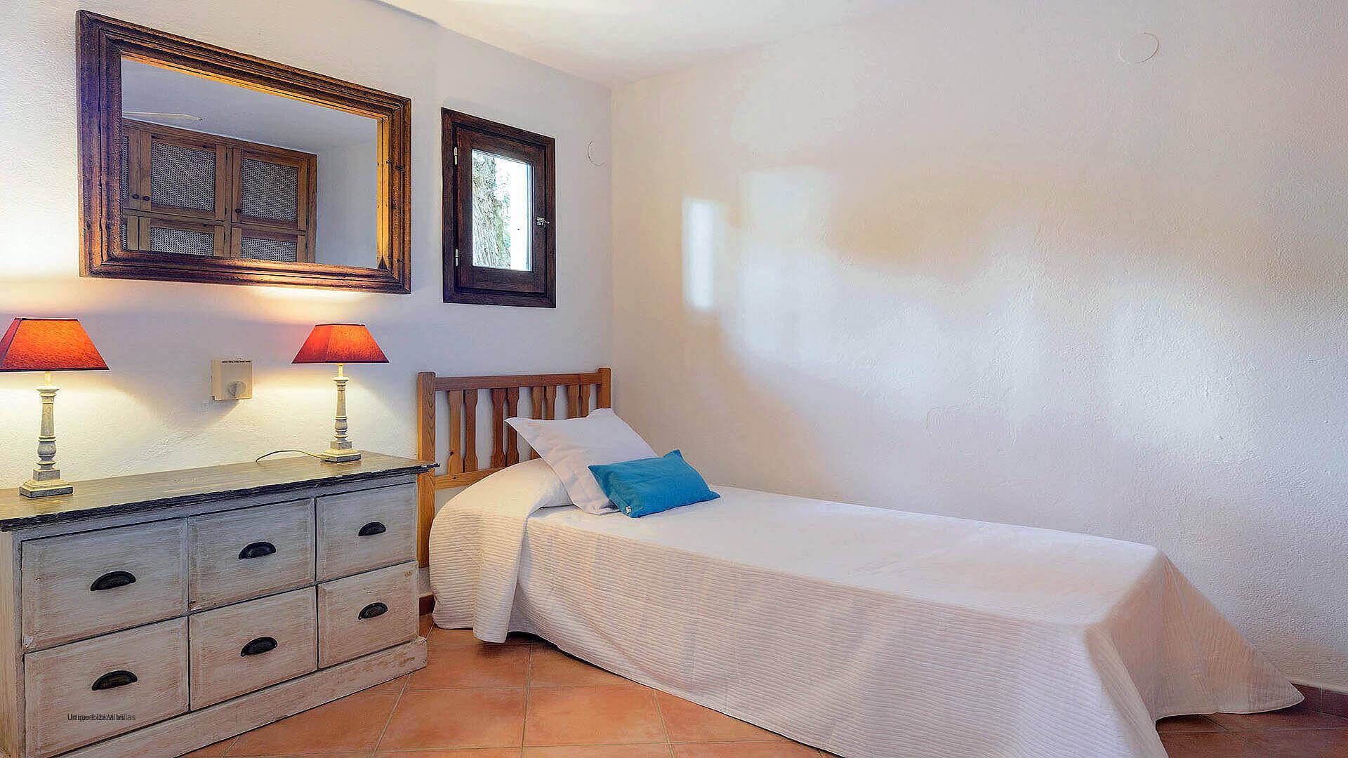 Villa Los Olivos Ibiza 47 Bedroom 6