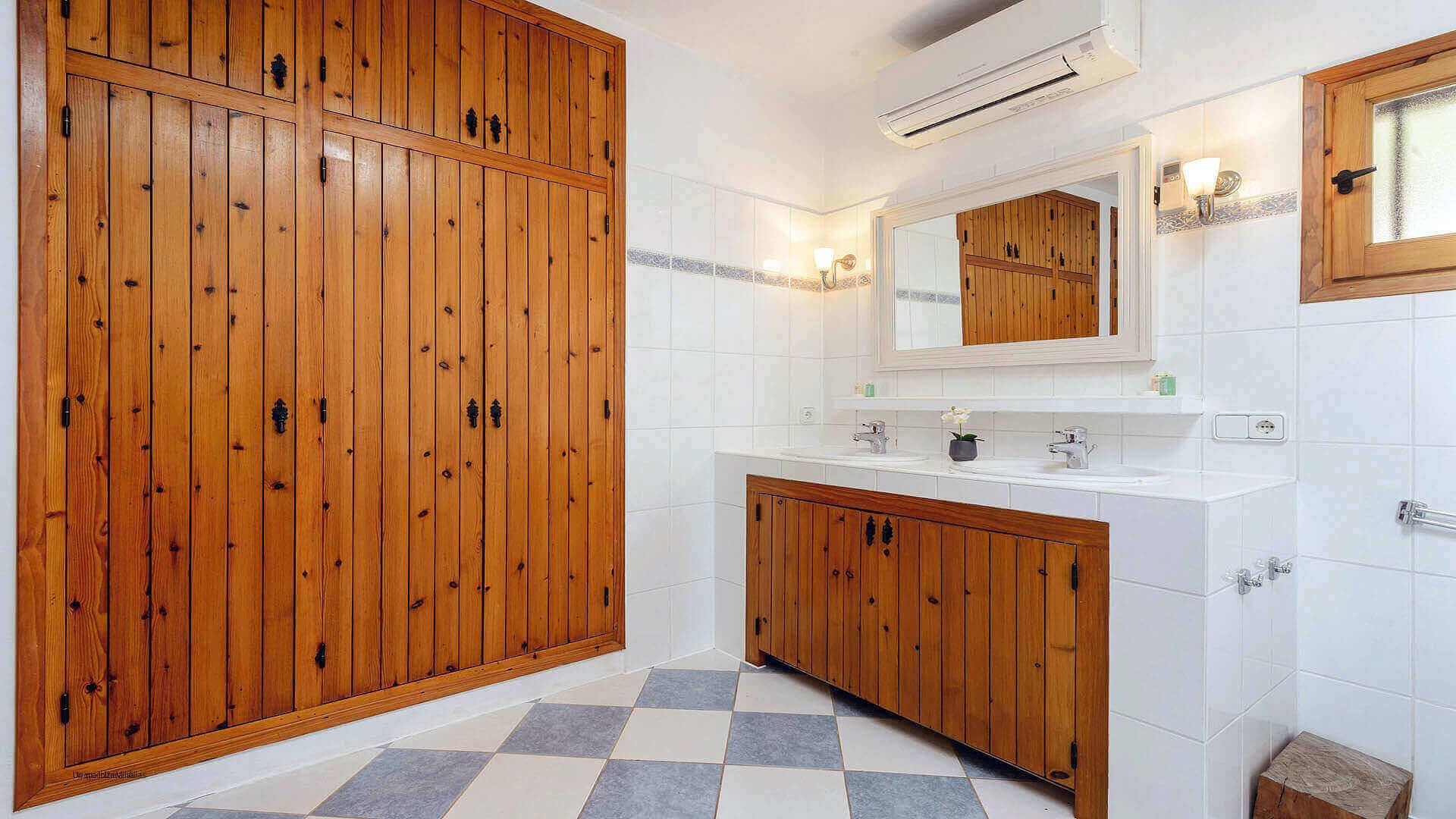 Casa Patri Ibiza 38 Bedroom 1 En Suite