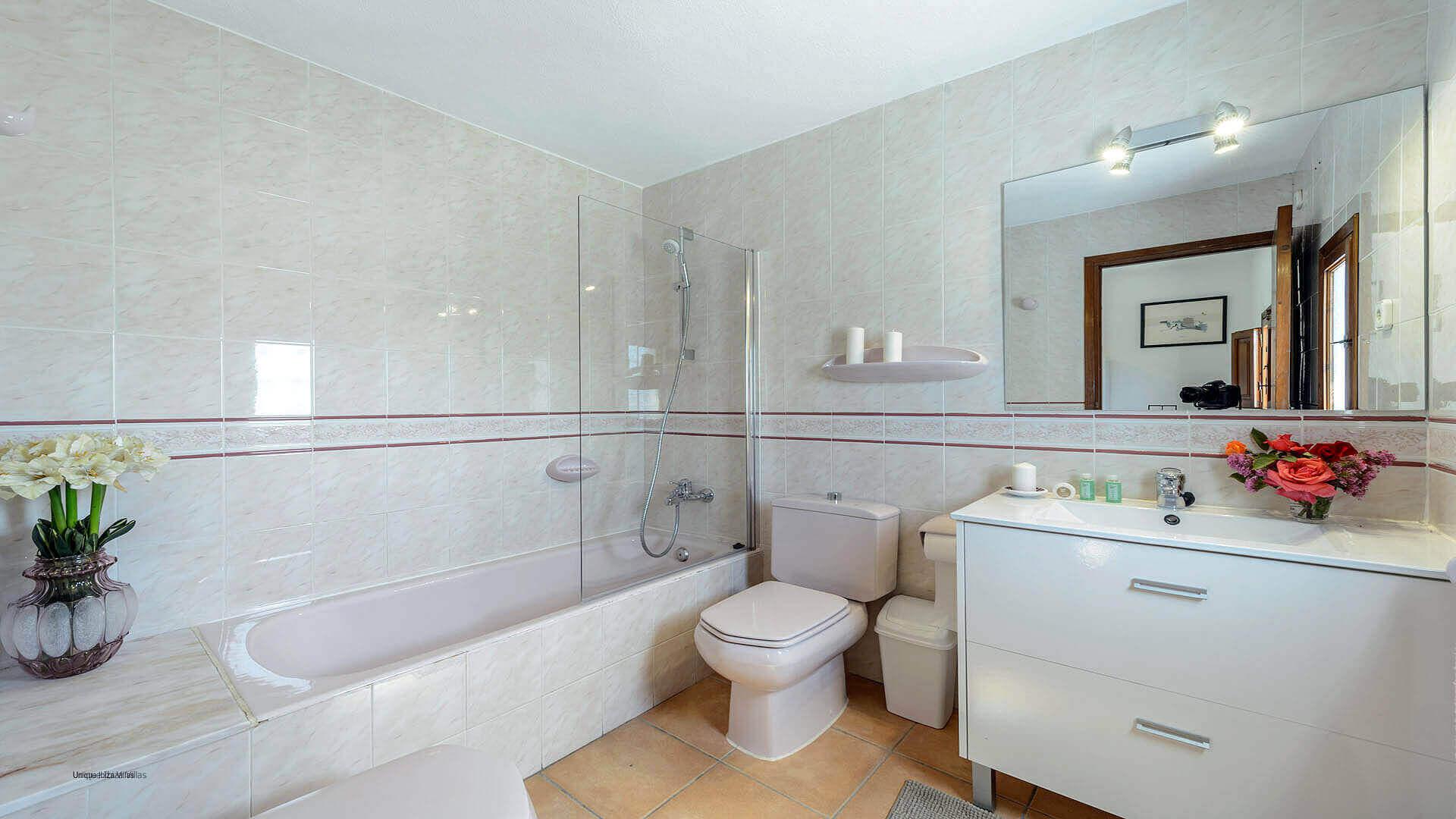 Can Torres Ibiza 45 Bathroom 1