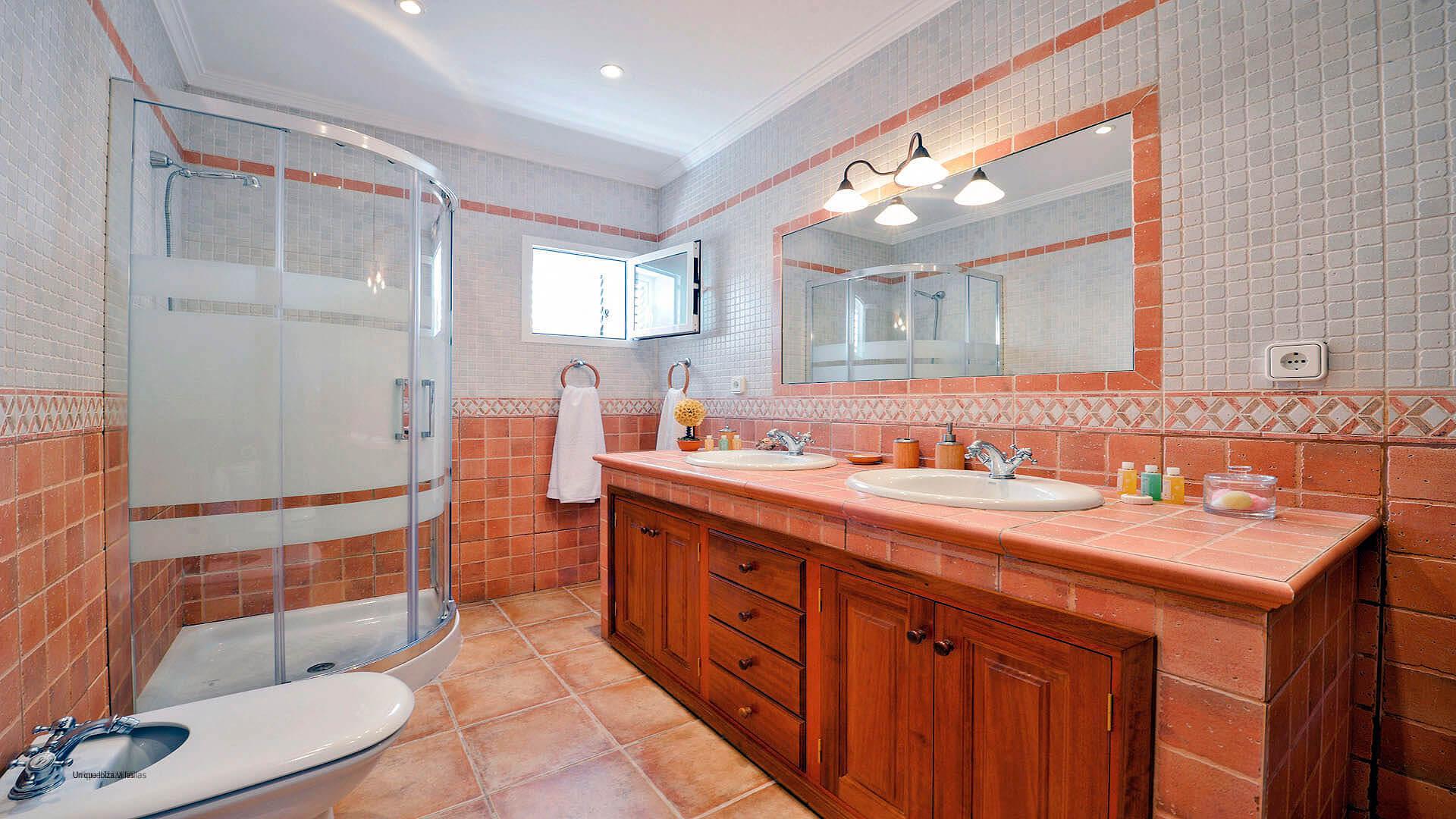 Villa Duo Ibiza 21 Bathroom 1