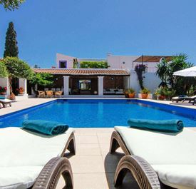 VILLA CAN VALLS IBIZA - (sleeps 11+ - Private pool - Close to Ibiza Town & supermarket - 6 bedrooms)
