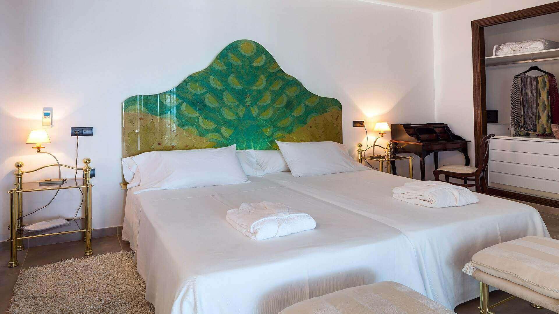 Villa Fuente De Ibiza 40 Bedroom 3