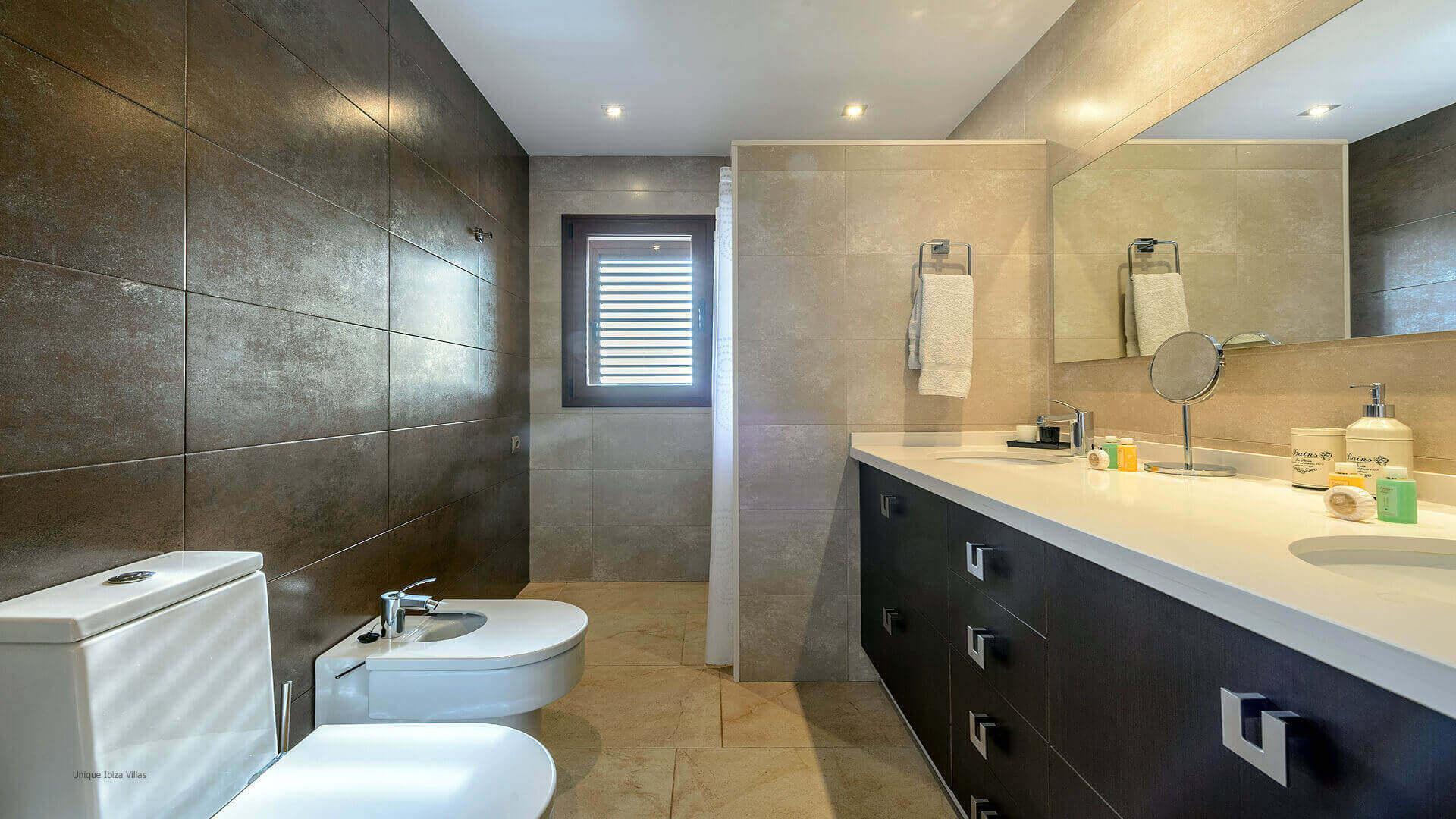 Villa Ses Dos Illes 41 Bedroom 1 En Suite