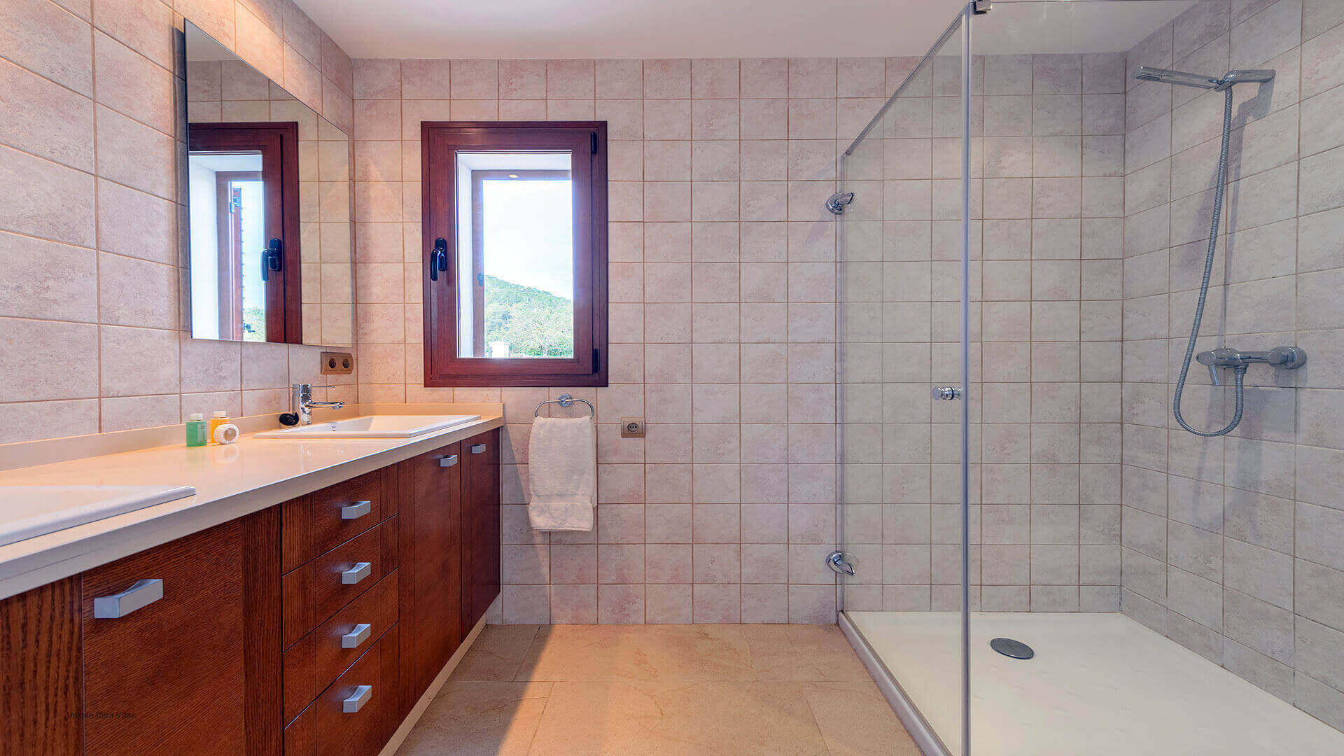 Villa Ses Dos Illes 47 Bathroom 2