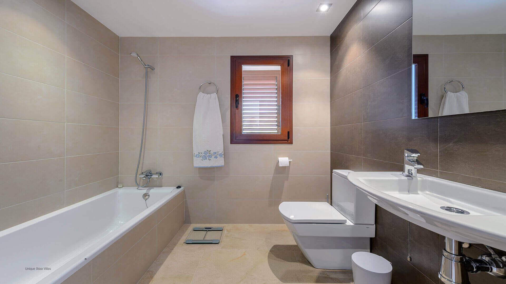 Villa Ses Dos Illes 49 Bathroom 3