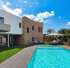 VILLA MONTECRISTO - (Sleeps 8 - Private pool - Near Ibiza Town - 4 bedrooms)