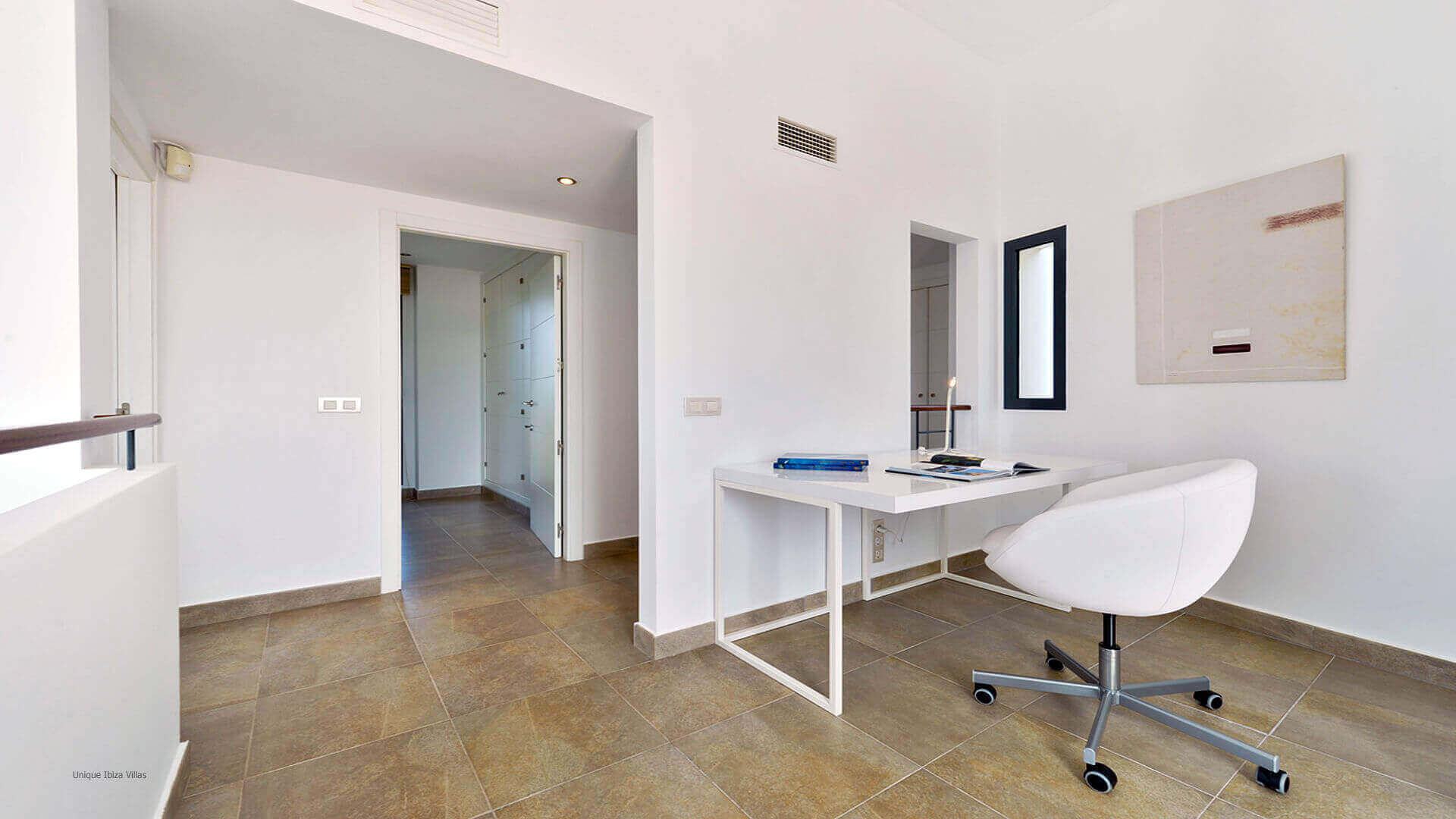 Villa Margarita Ibiza 29 Hallway Next To Bedroom 1