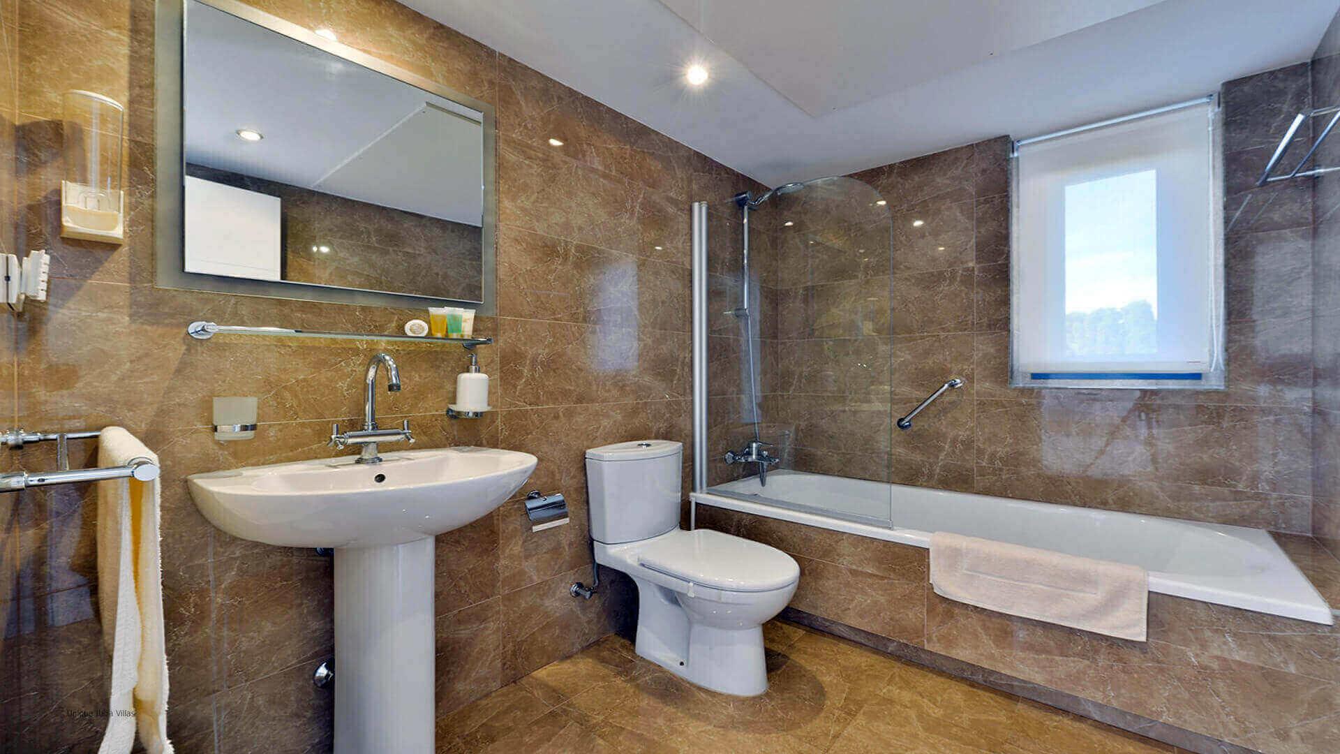 Villa Margarita Ibiza 35 Bathroom 3