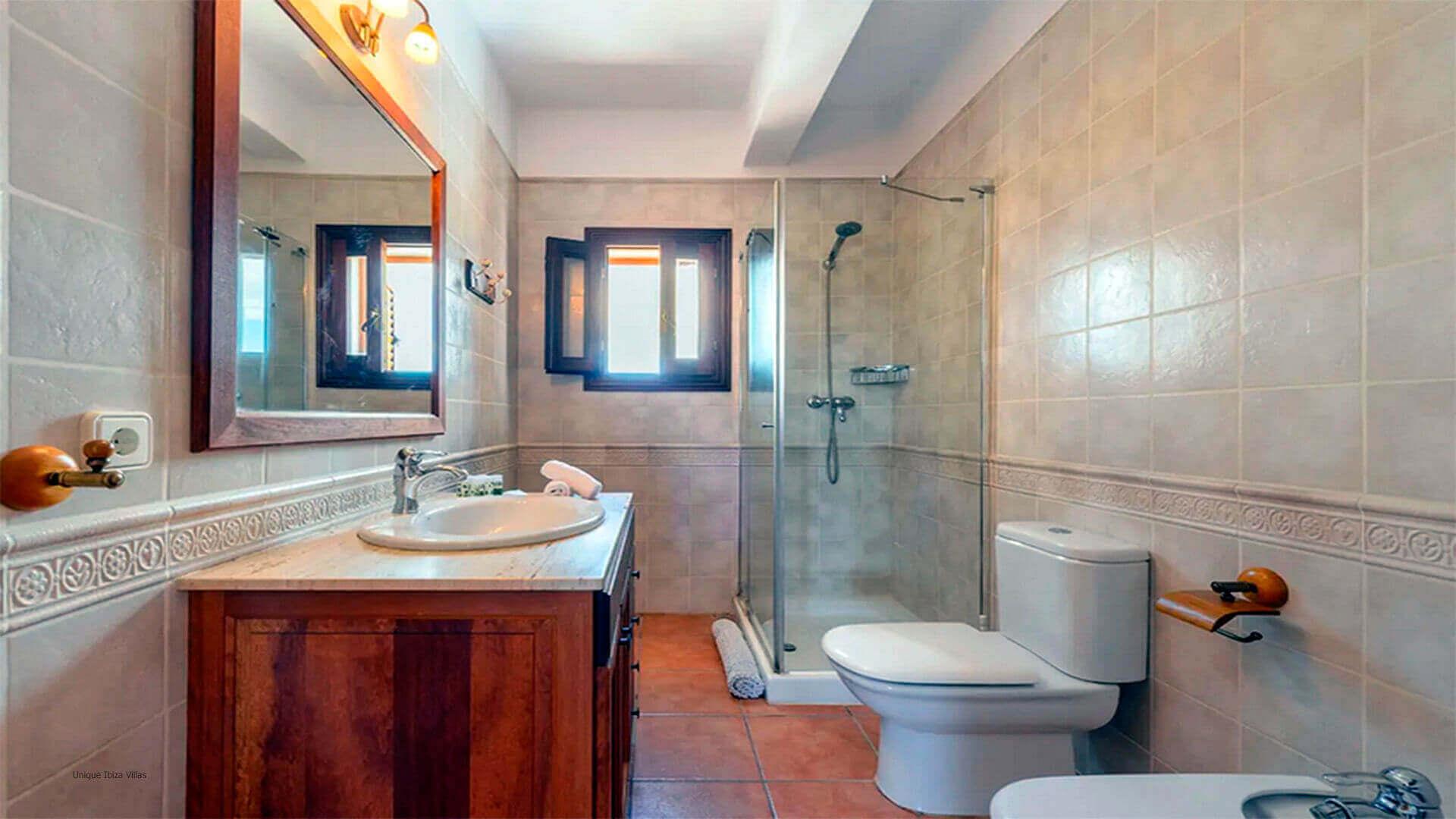 Villa Mussett Ibiza 40 Bathroom 2